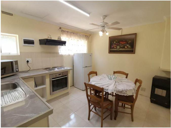Cottage Rental Monthly in Hurlyvale
