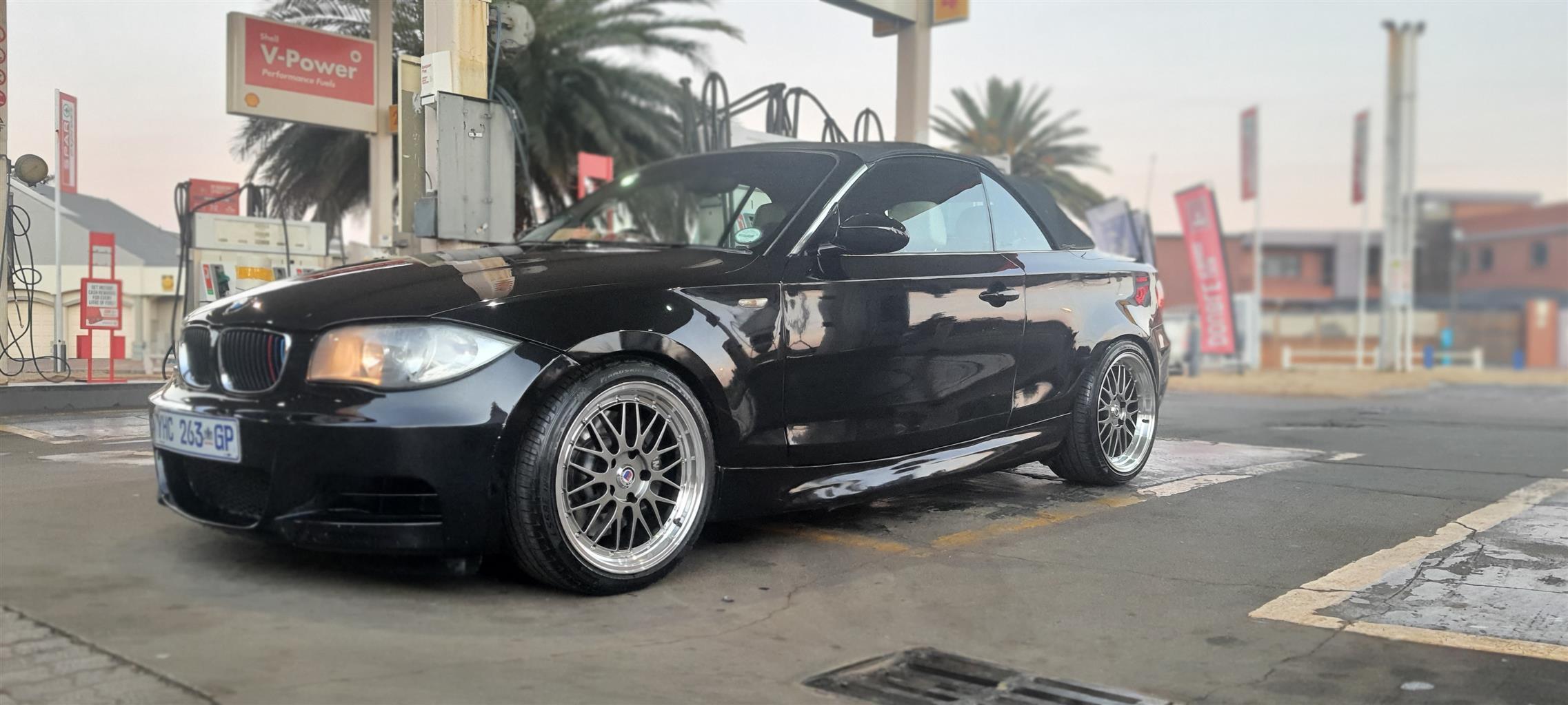 2008 BMW 1 Series 135i convertible DCT