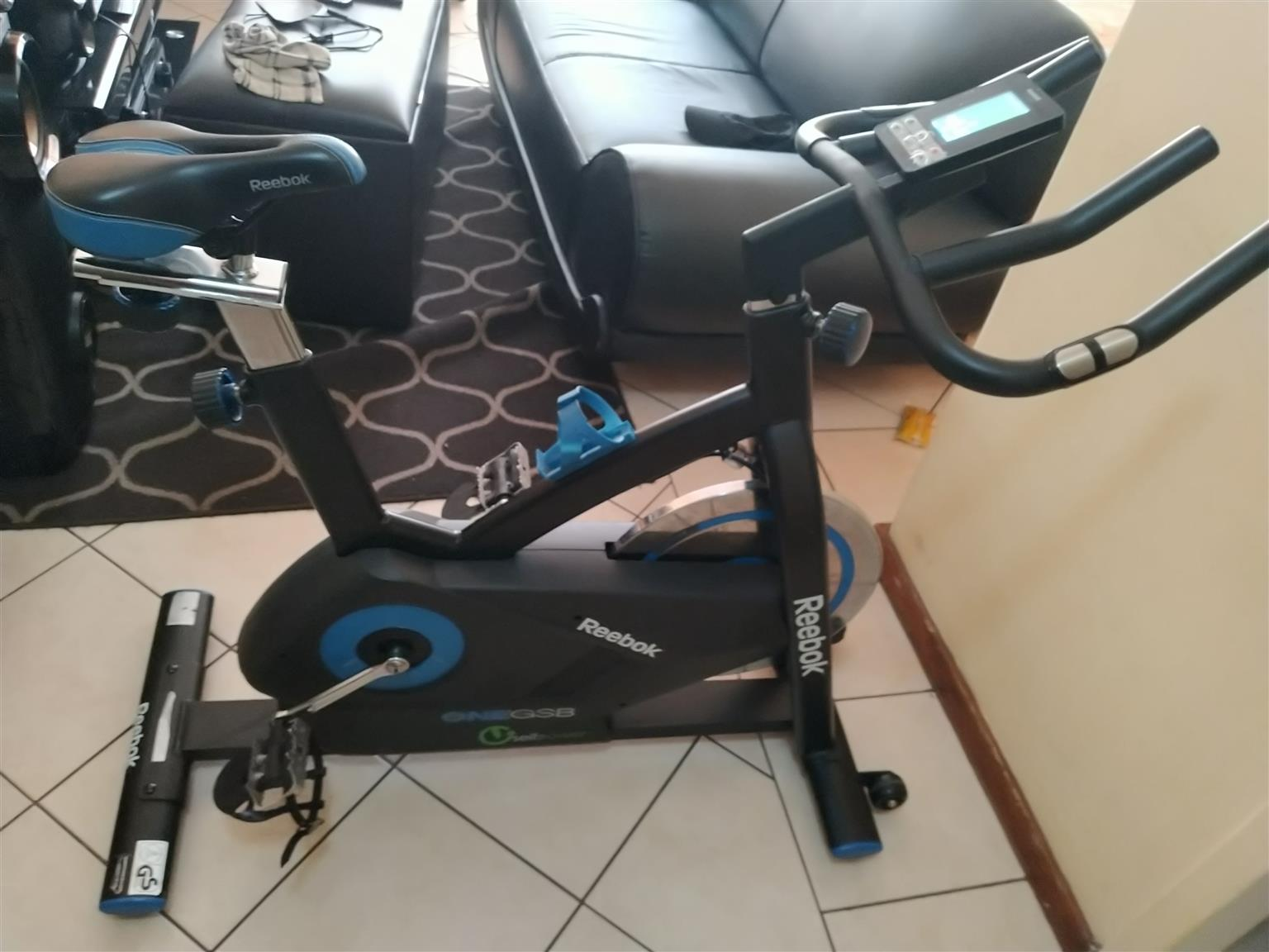 Reebok GSB One Spin bike ( Second hand) to Exchange for Good working second hand Laptop