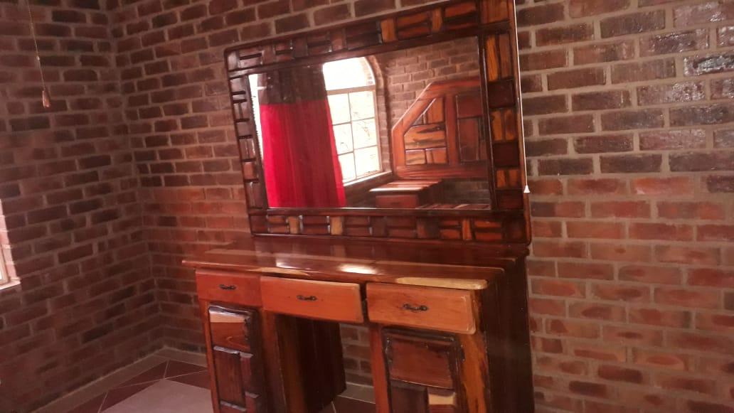 Sleeper bedroom furniture set