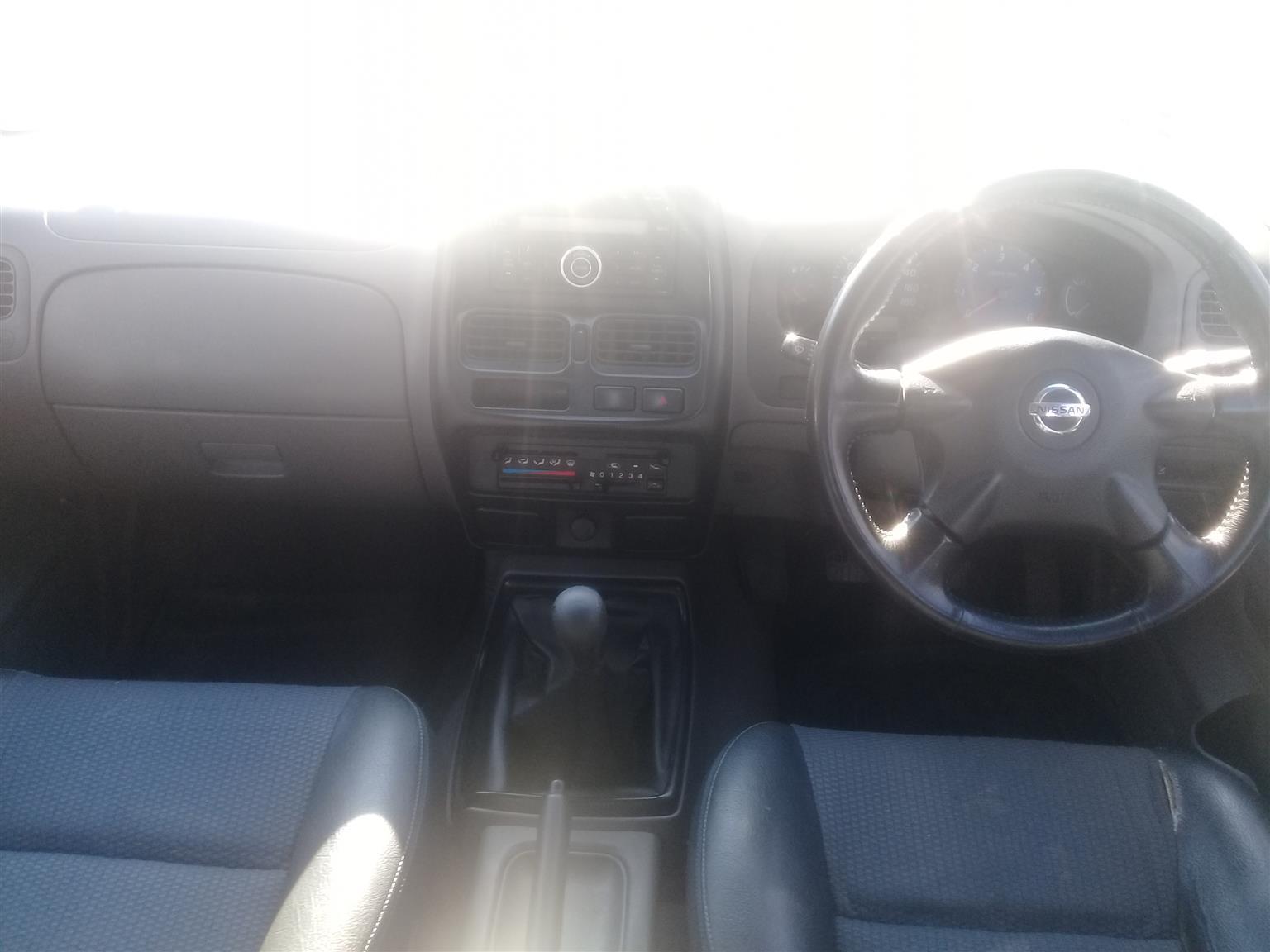 2015 Nissan NP300 Hardbody 2.5TDi double cab