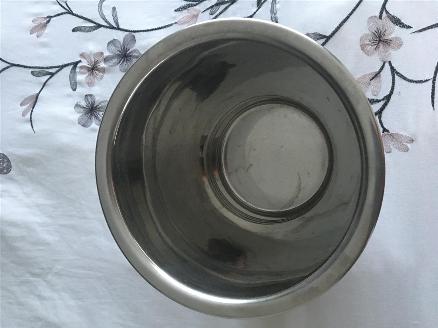 Silver wine ice bucket
