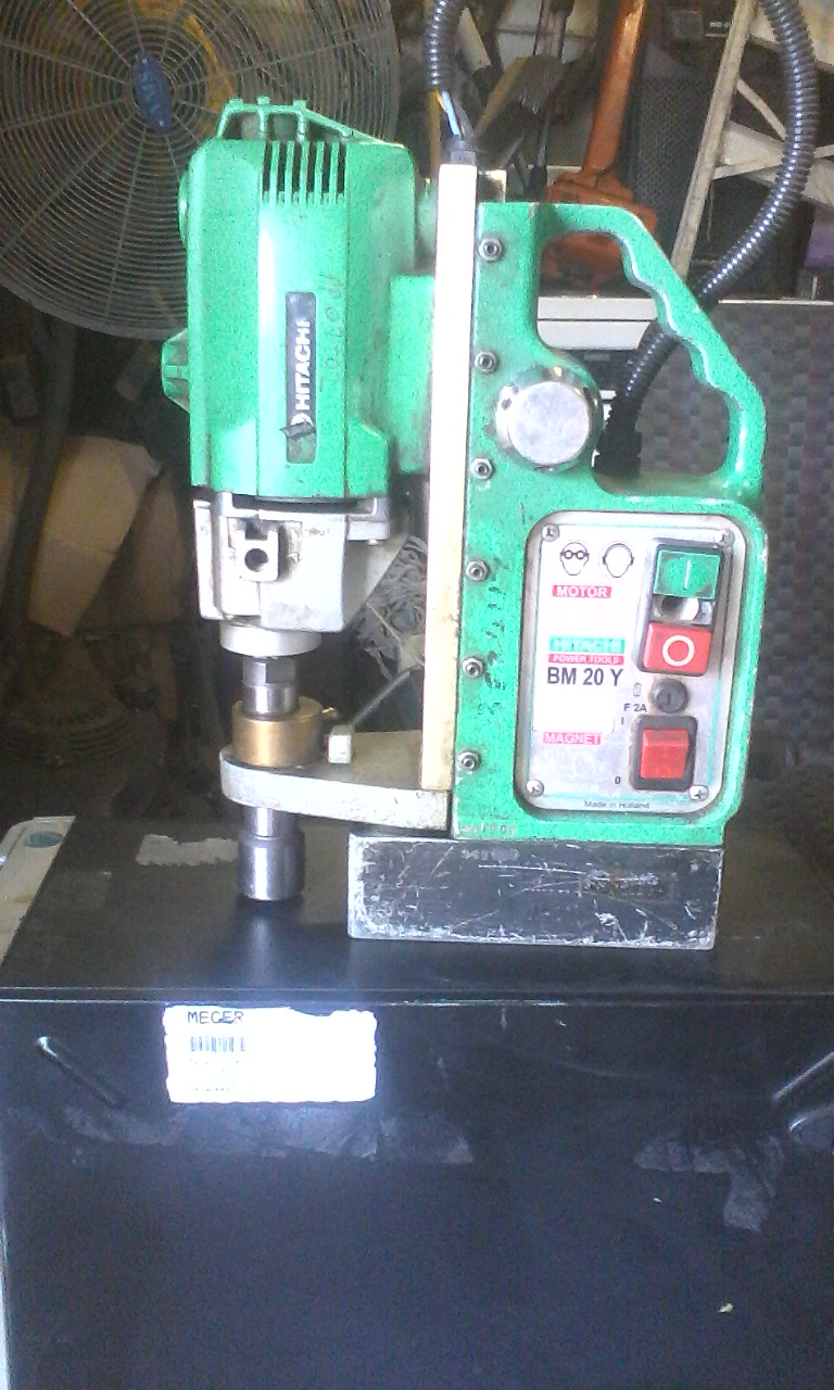 Hitachi magnetic Base drill BM 20Y. Power tool