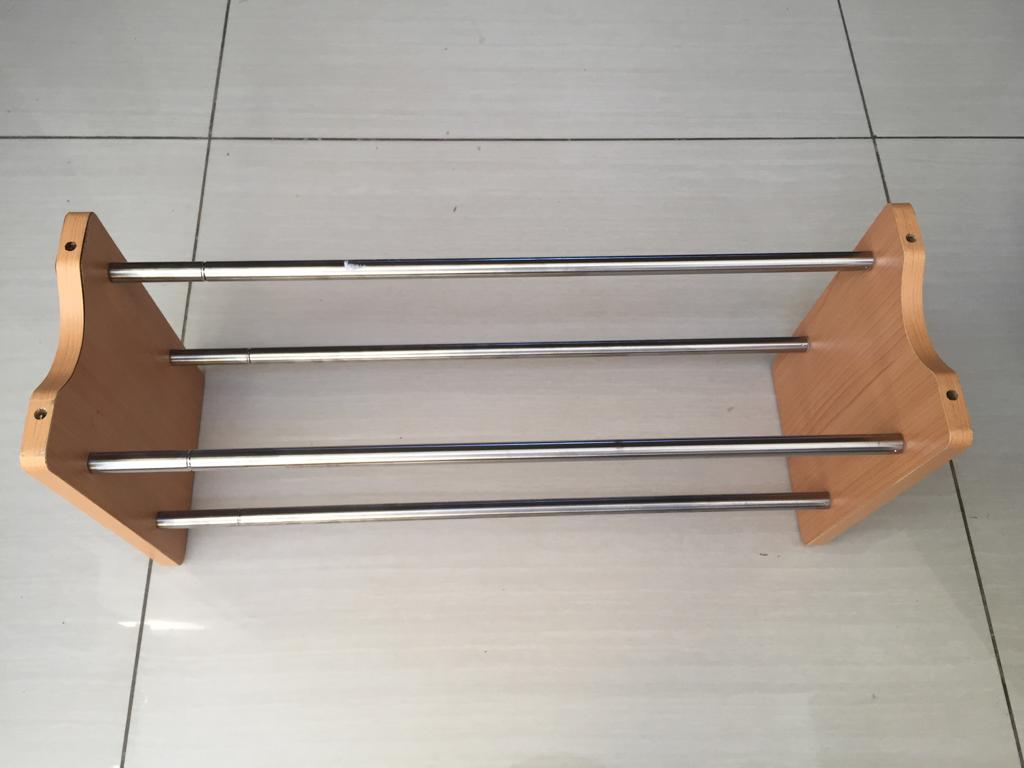 Adjustable Chrome and wood shoe rack - a Must have for any dressing room/closet