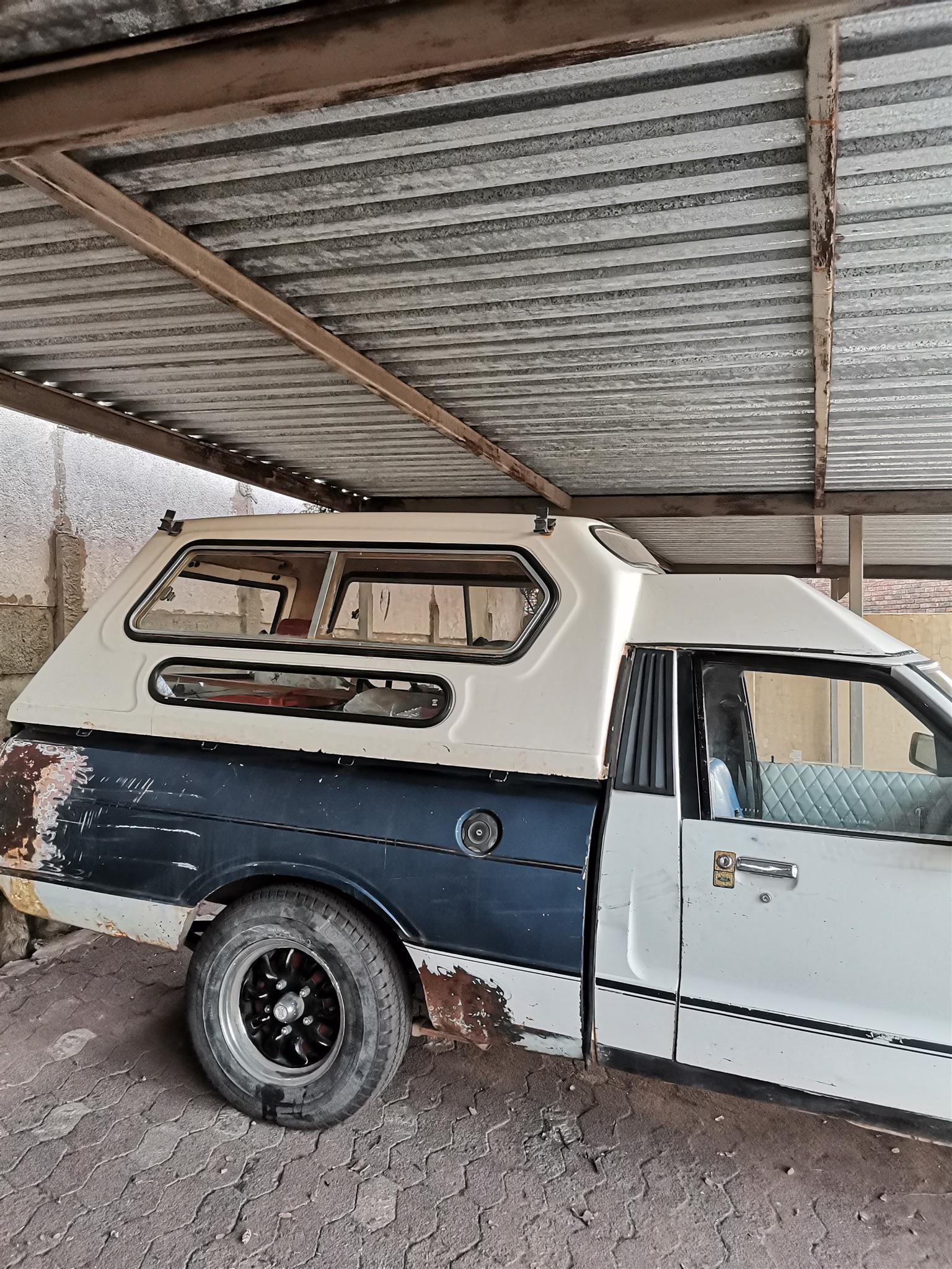 1984 Canopies Single Cab Canopies