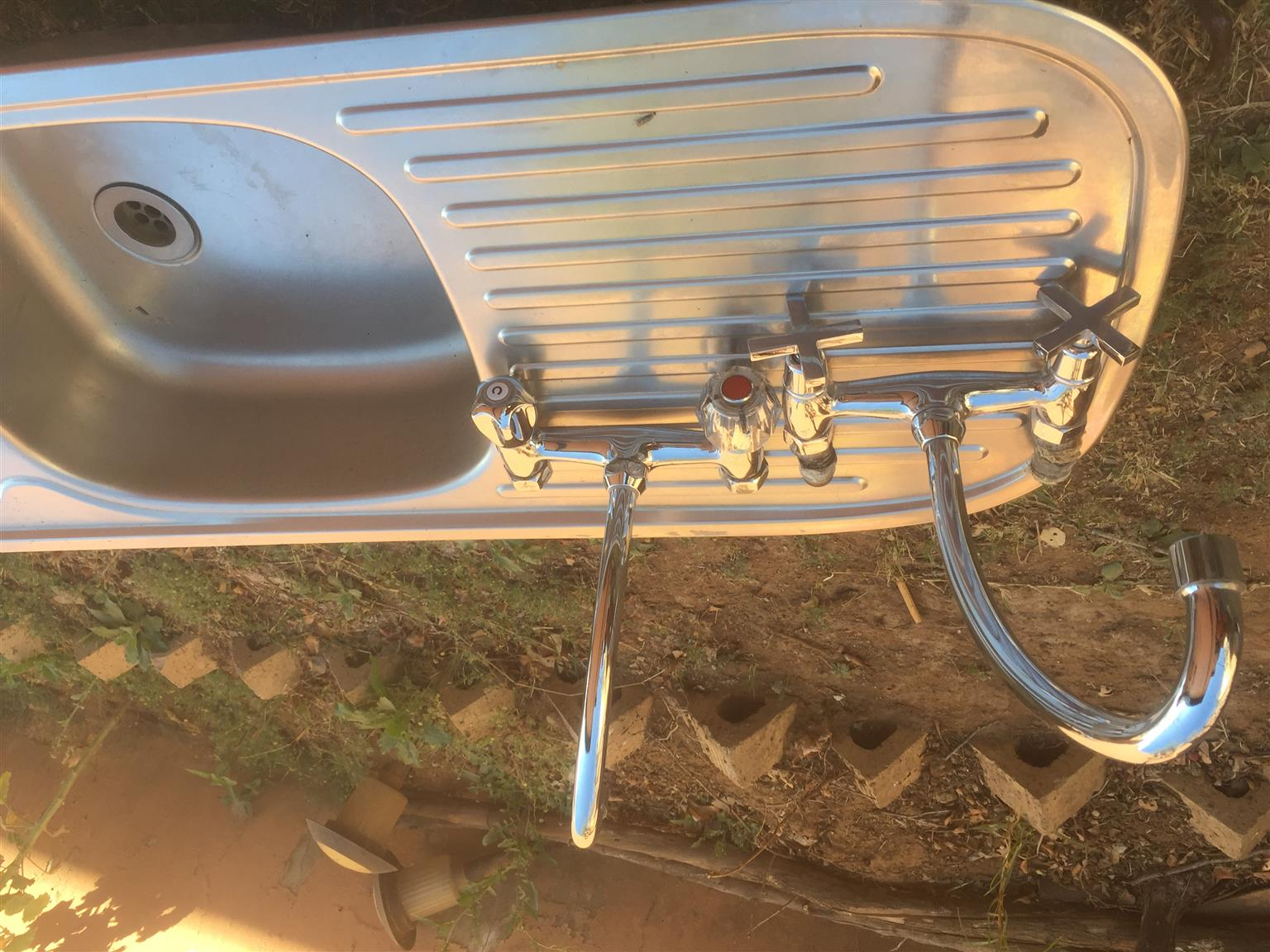 Double Stainless steel sink & Taps for Sale