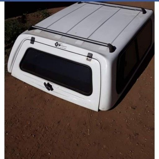 Nissan Np200 Canopy With Roofrack