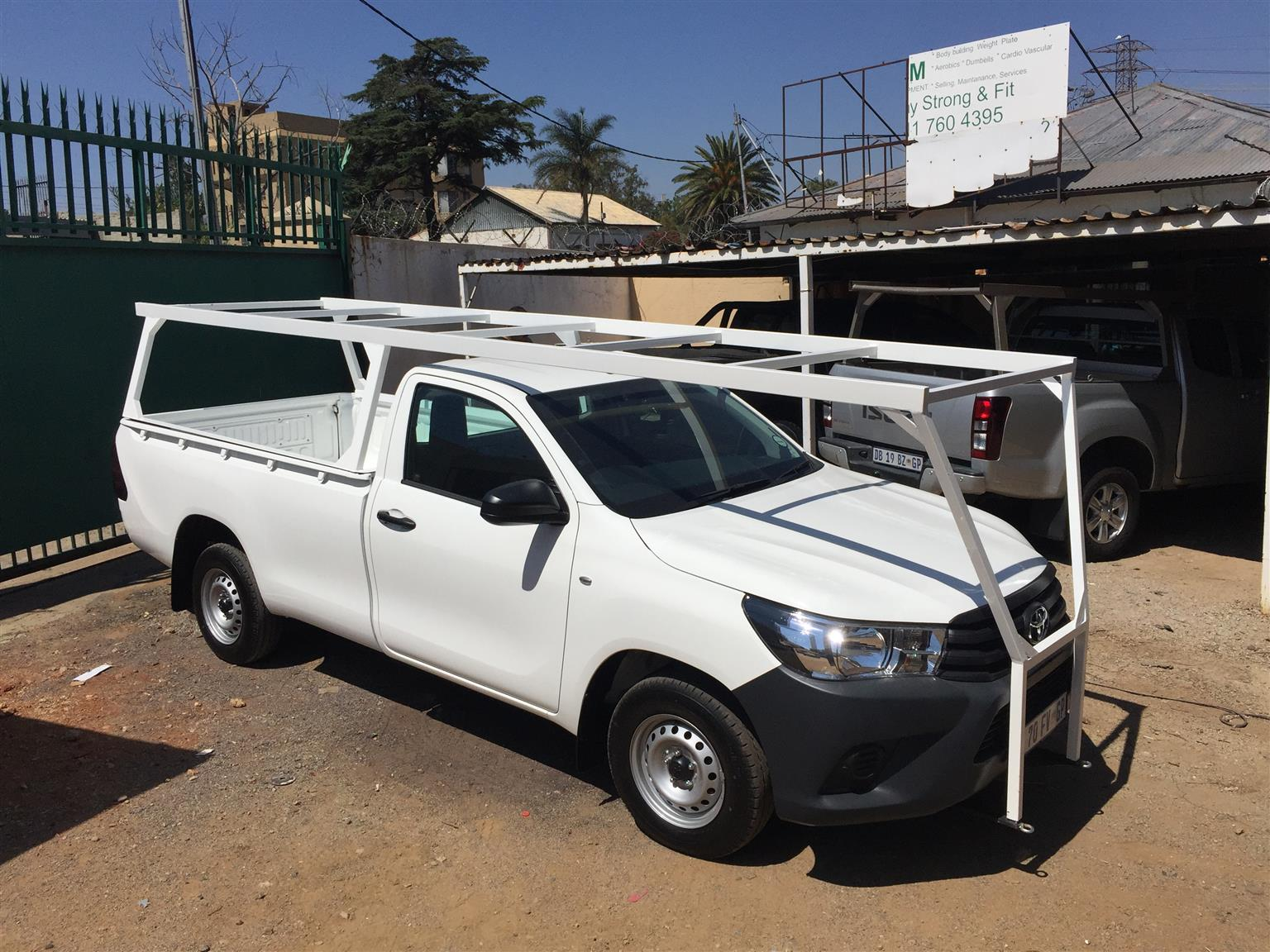 Car Accessories Roof Racks and Carriers