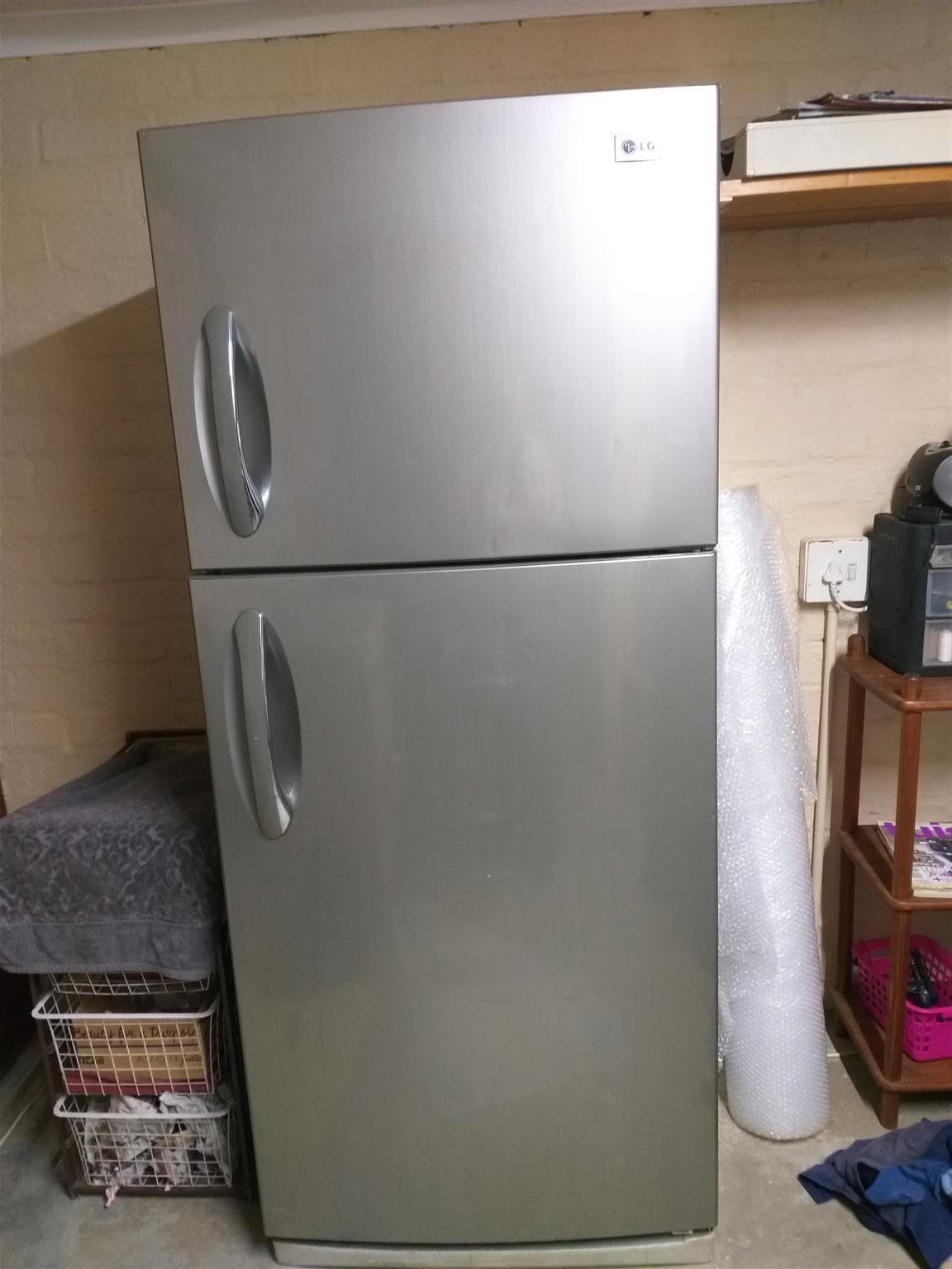 LG Fridge/Freezer Double Door