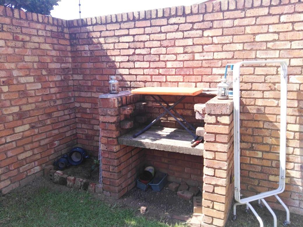 Garsfontein R6950  2br simplex