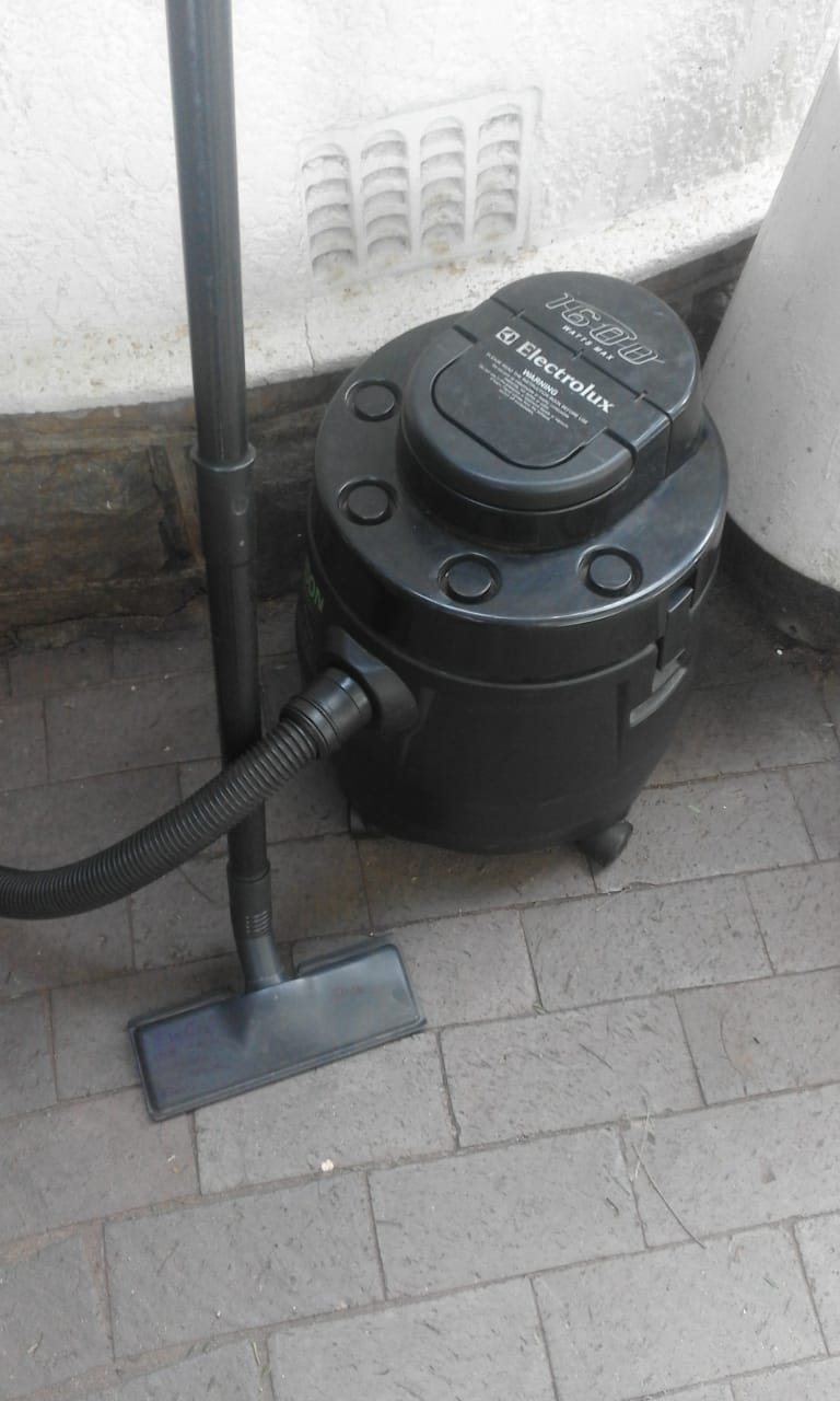 Vacuum cleaner Domestic in perfect working condition.