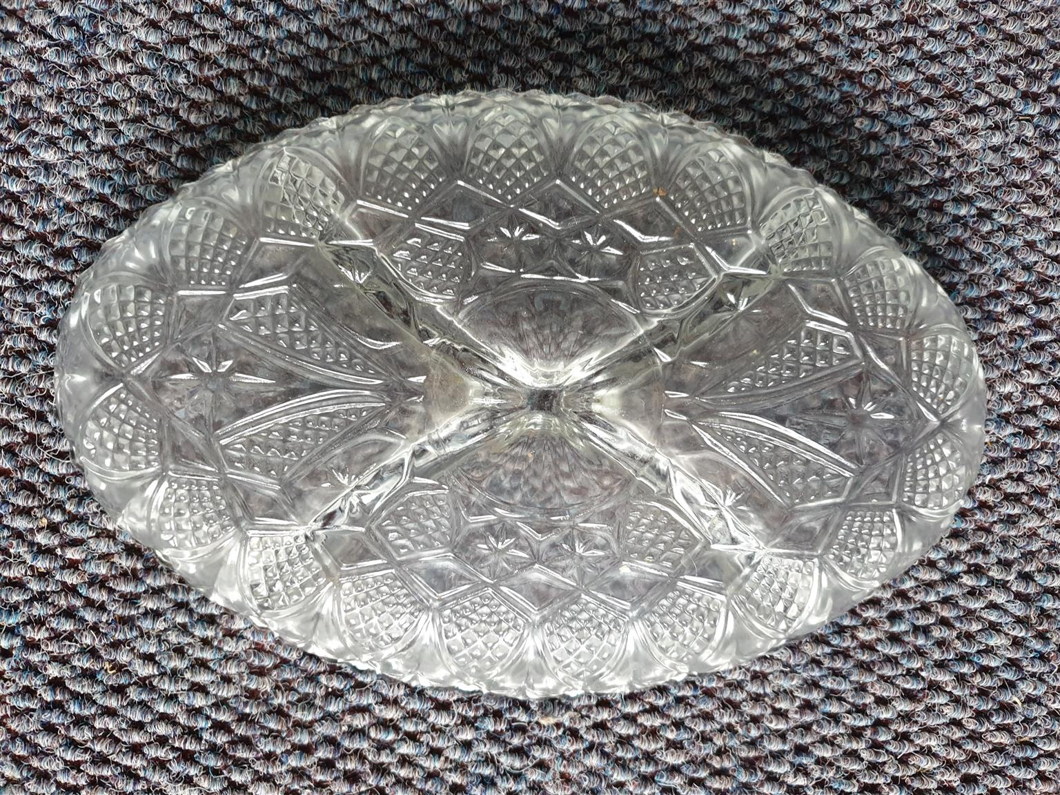 Oval Glass Serving plate