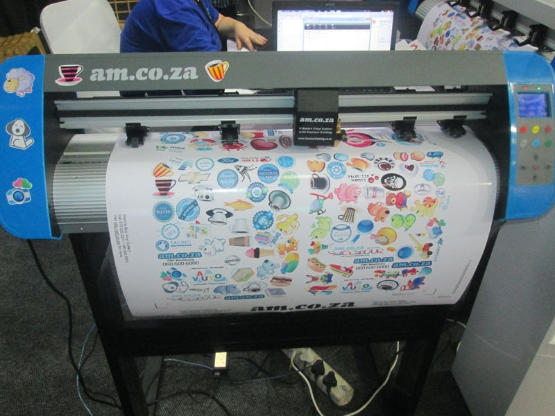 V3-1310B V-Smart Contour Cutting Vinyl Cutter 1310mm Working Area, Stand & Collection
