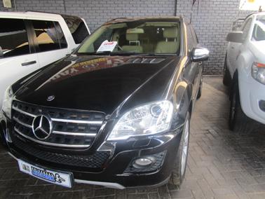 2011 Mercedes Benz ML 500