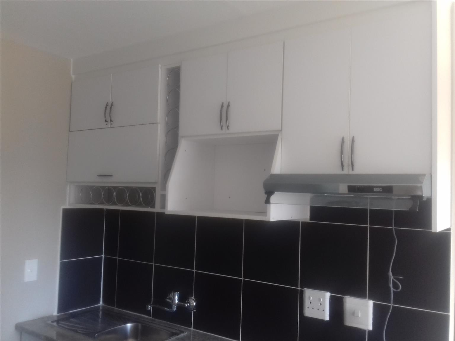 This is a perfect time to buy this cozy 2 bedrooms apartment for investment purposes