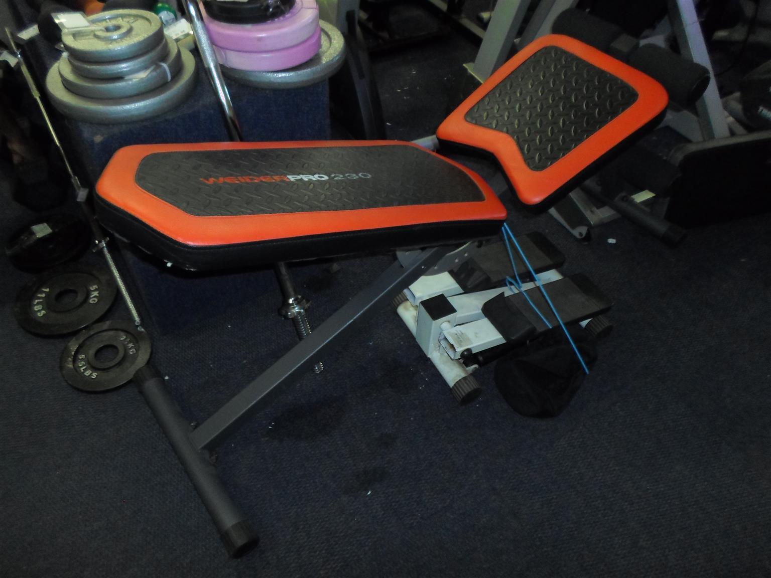 Weider Pro 230 Gym Bench