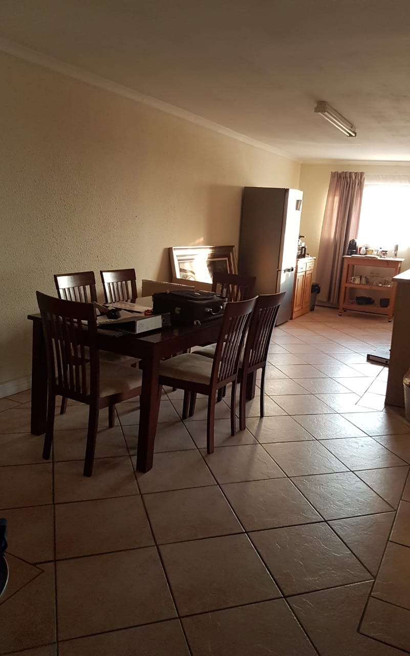 Cluster For Sale in Sunninghill