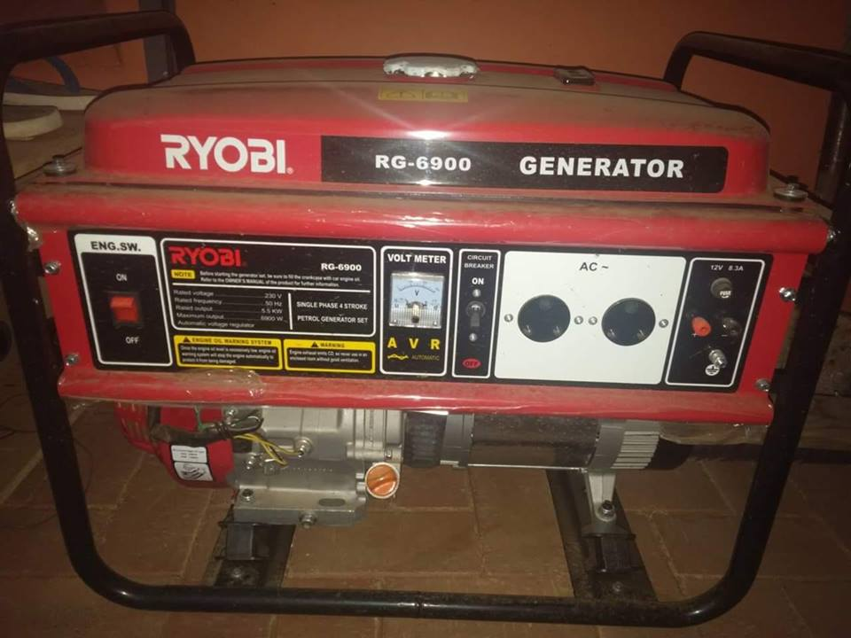 Ryobi 5.5 kw Kragopwekker (petrol)