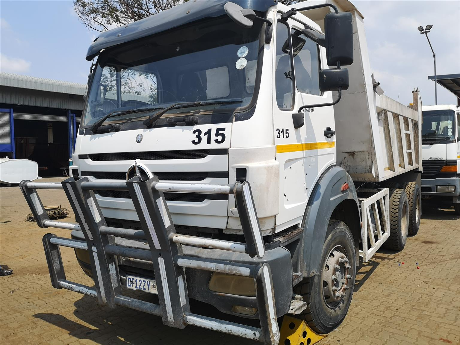Powerstar 10M3 Tippers For Sale - Clearance sale!!