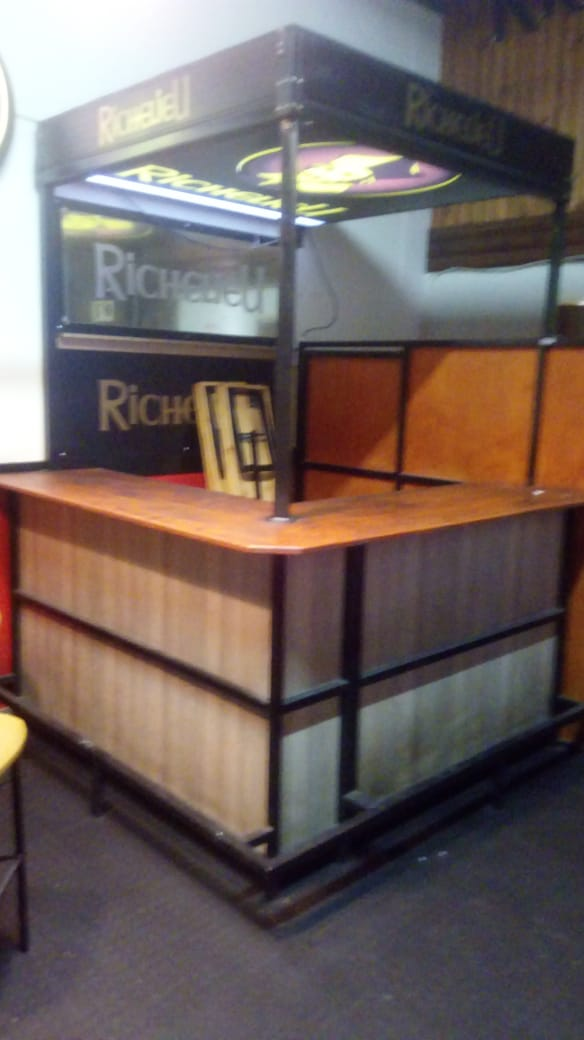 Richelieu Portable Bar