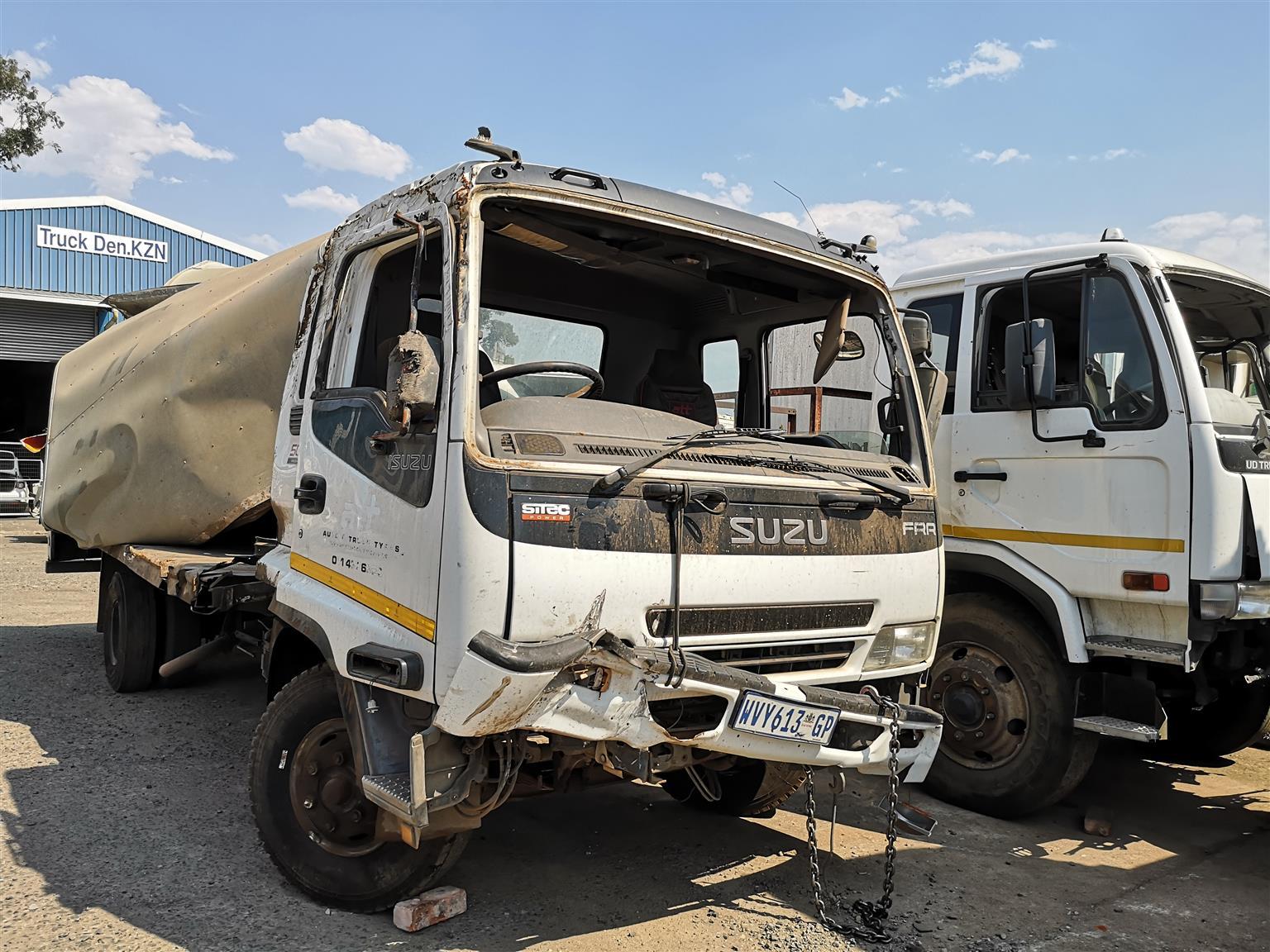 Stripping for spares - Isuzu FRR 500 Freighter Sitec Truck