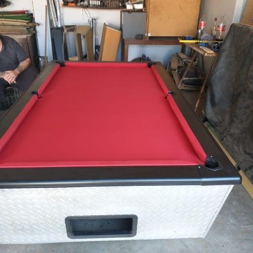 Repair and services of pooltables