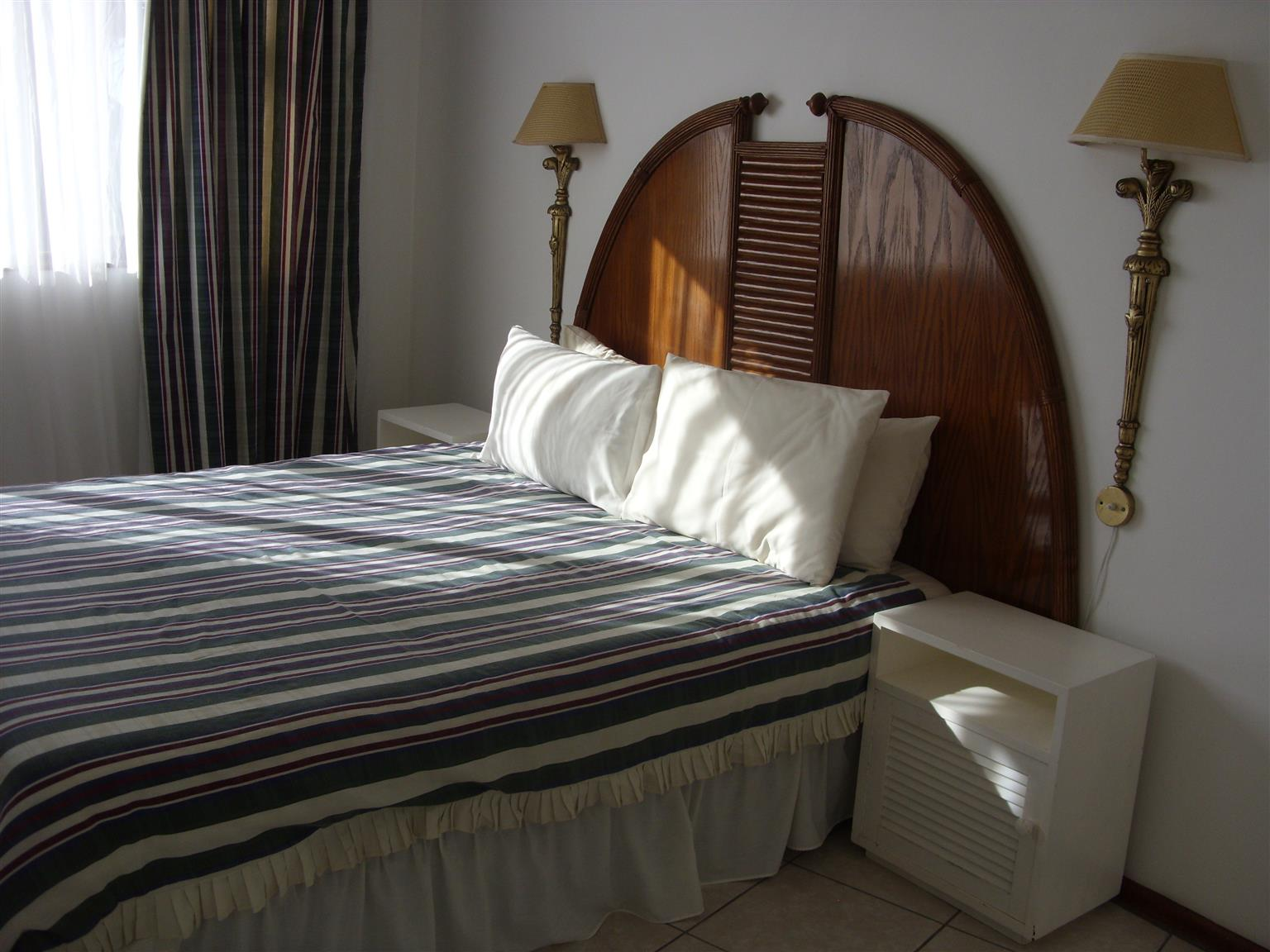 SHELLY BEACH FURNISHED  FOUR SLEEPER 1 BEDROOM FLATS FROM R1750 PER WEEK ST MIKES UVONGO