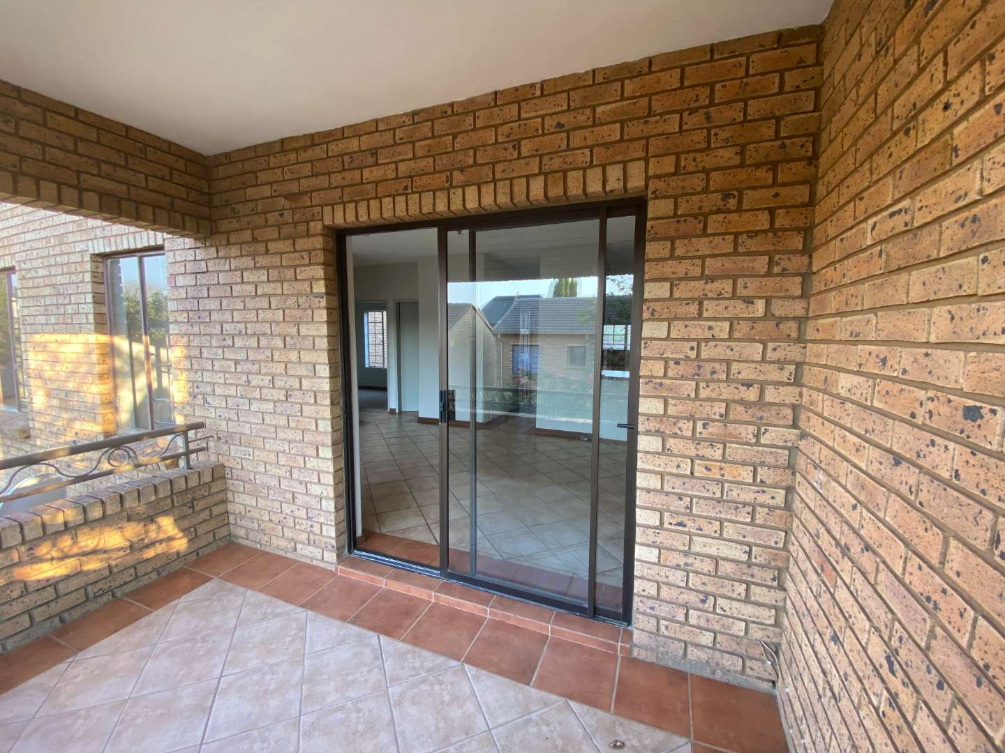 Townhouse For Sale in Olympus