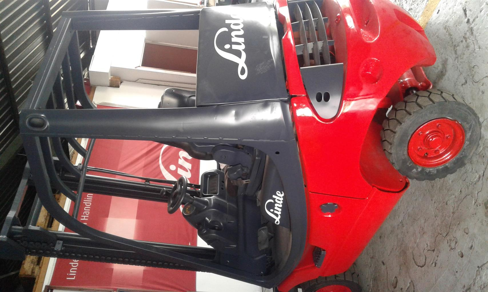 LINDE 1.6 & 1.8 TON FORKLIFTS FOR SALE - GOOD CONDITION