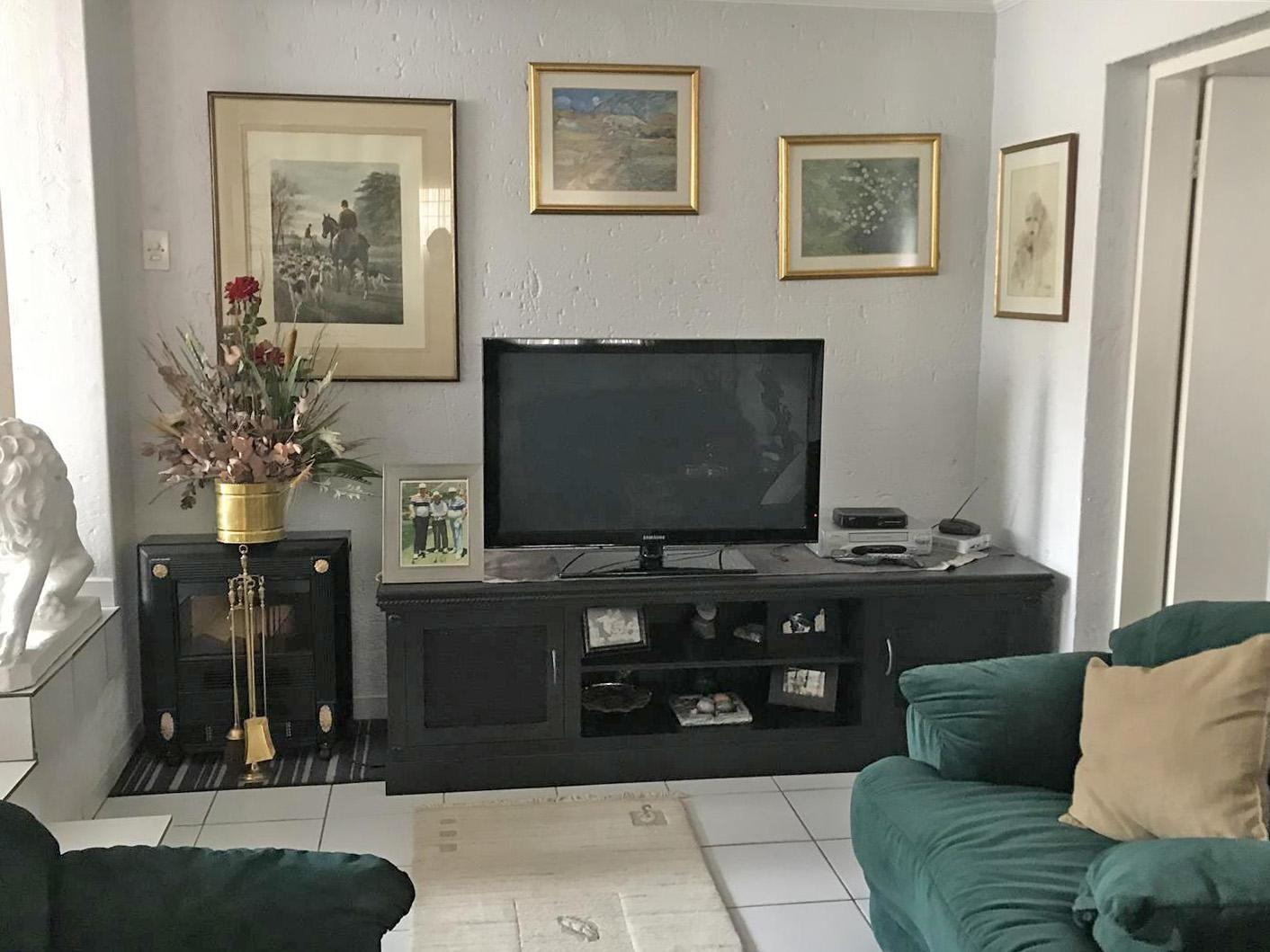 House For Sale in Lonehill