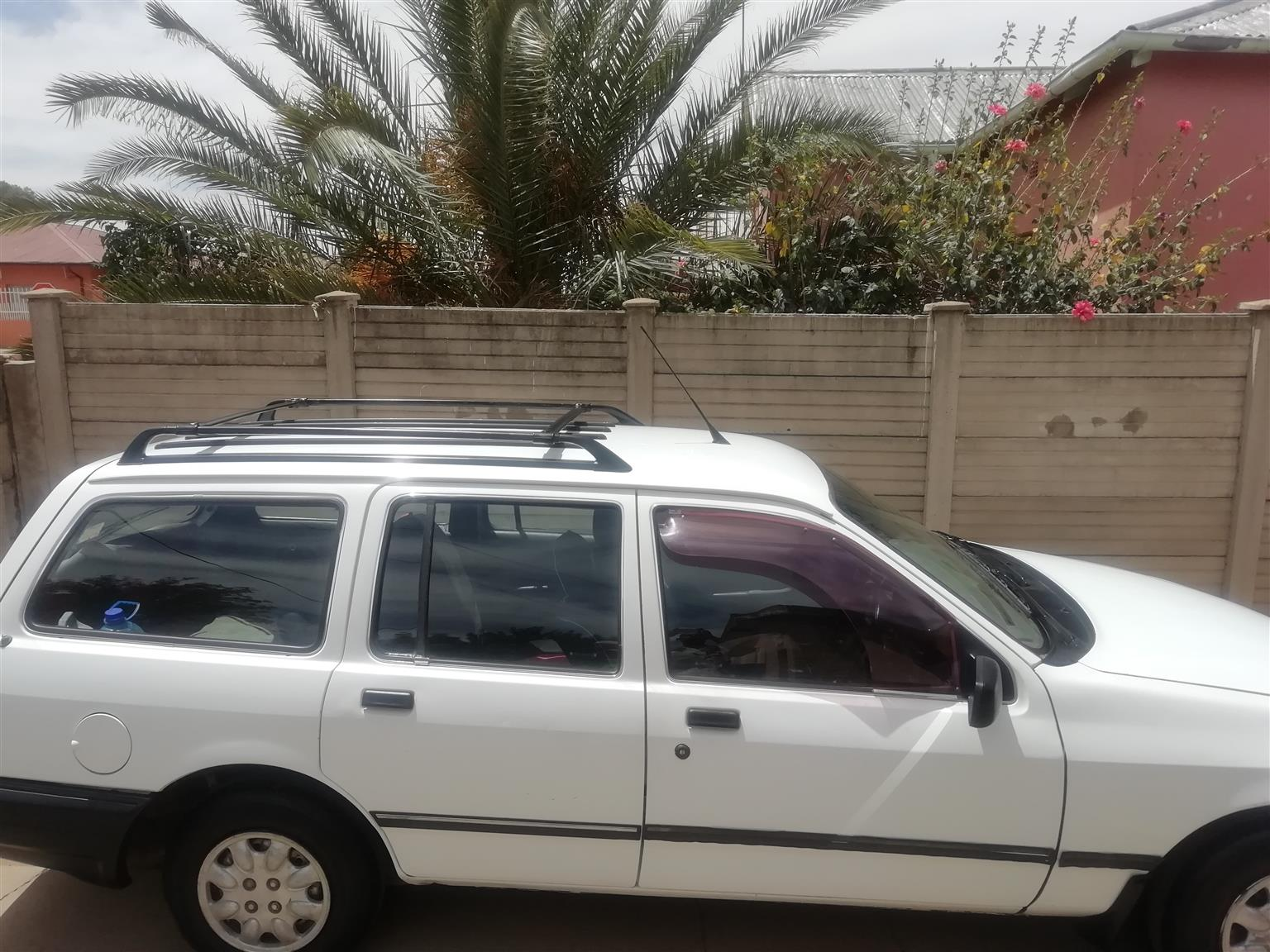 1996 Ford Sapphire