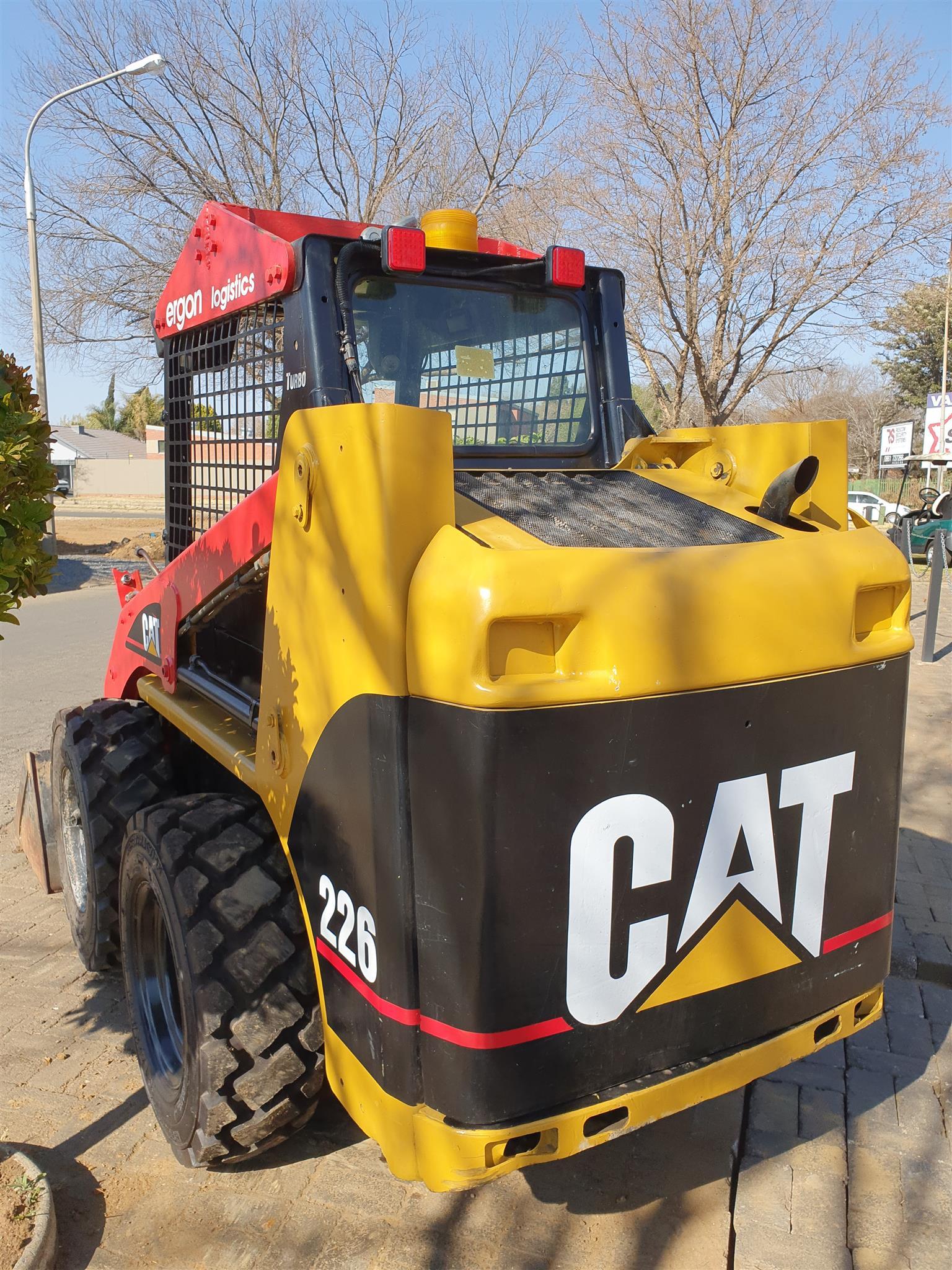 CAT 226B Skidsteer