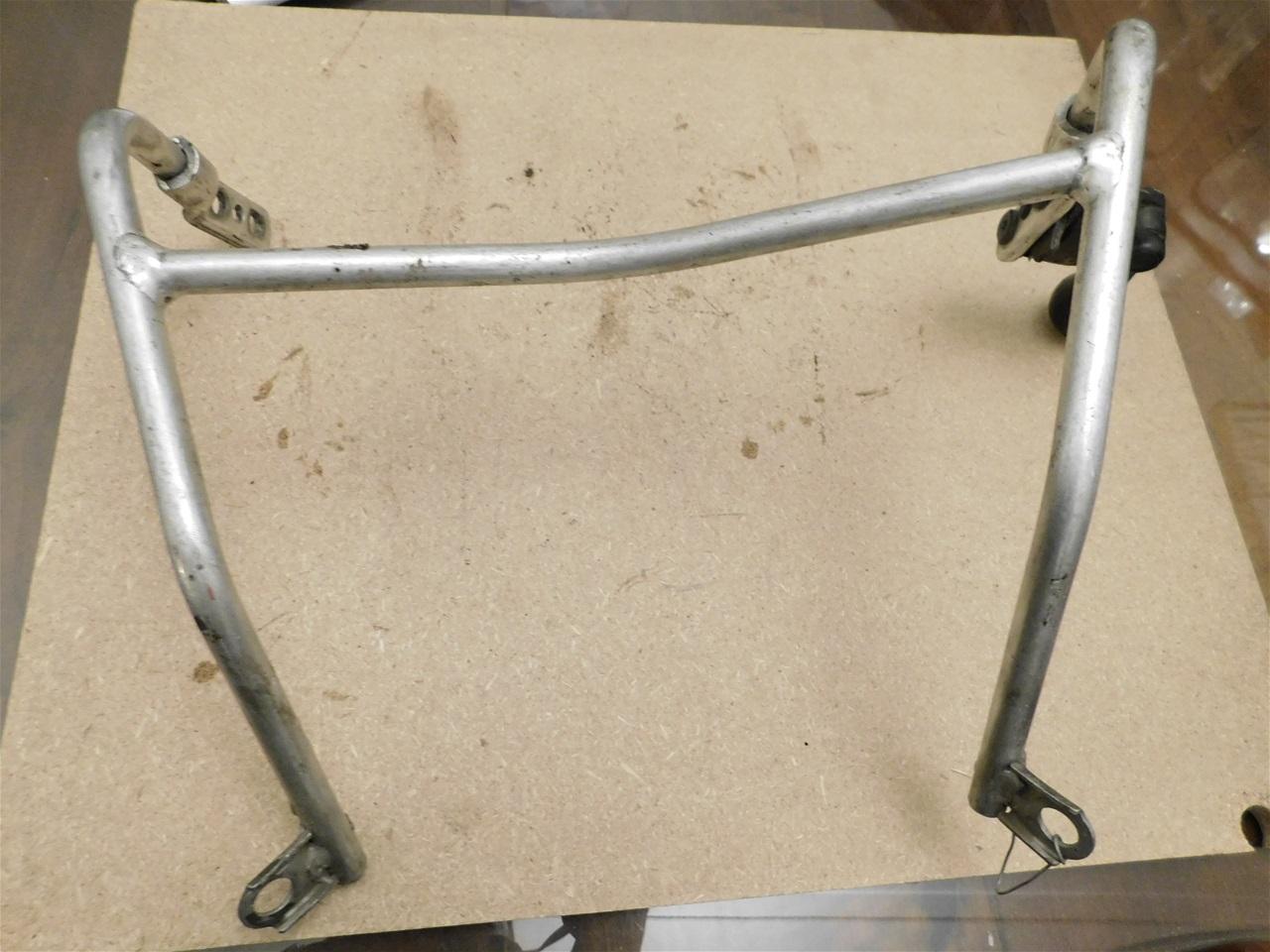 AA10.4 Suzuki TL 1000 S Fairing bracket