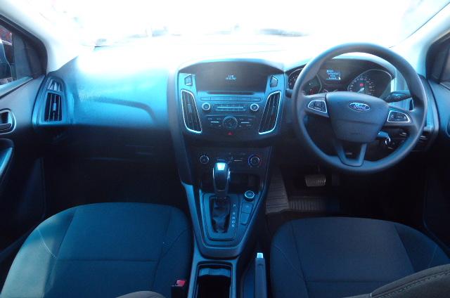 2018 Ford Focus sedan 1.0T Trend auto