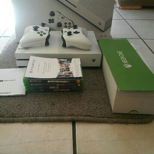 I selling x box one s 1tb