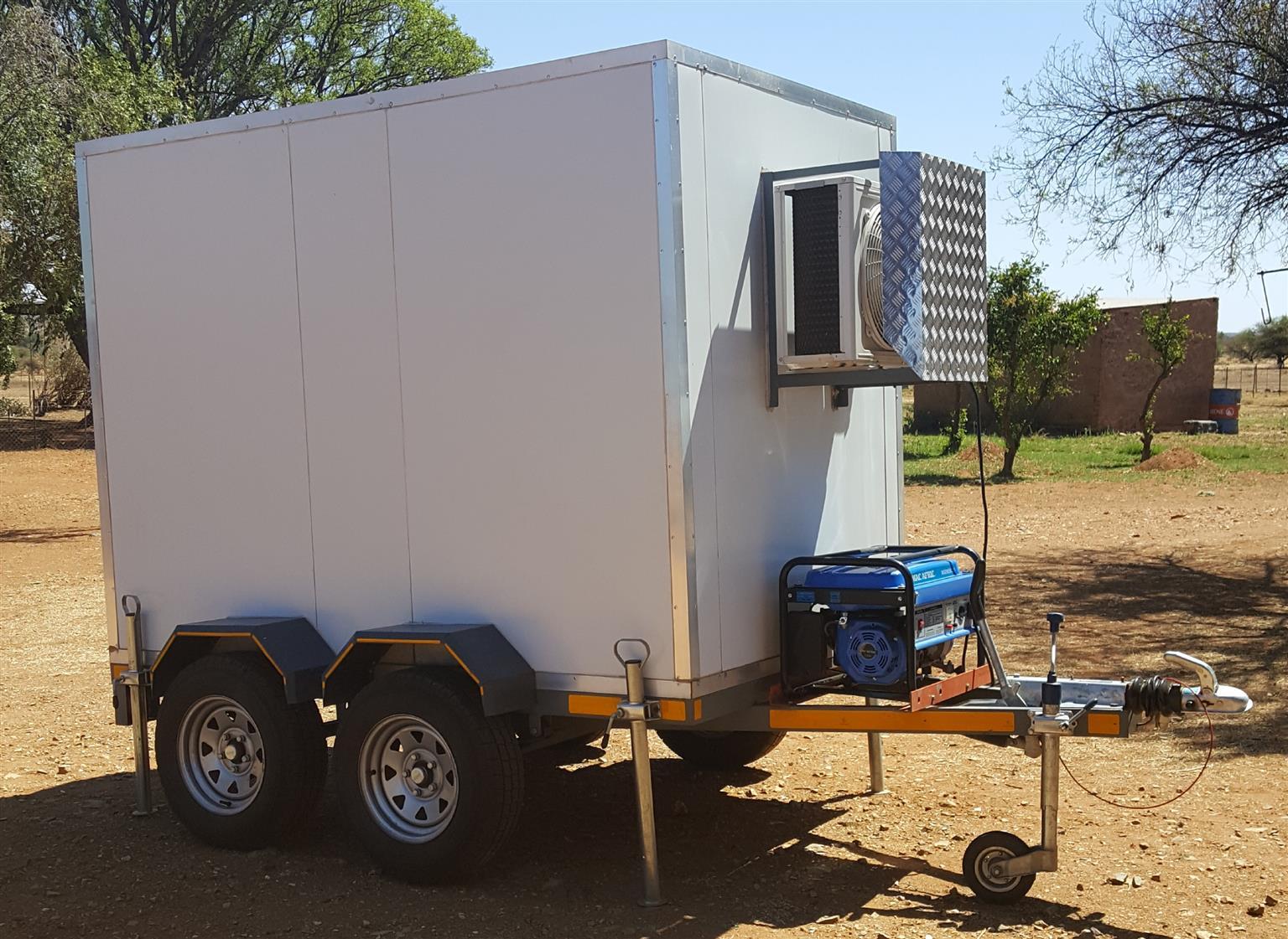 Dual fridge/freezer double axle trailer for sale | Junk Mail