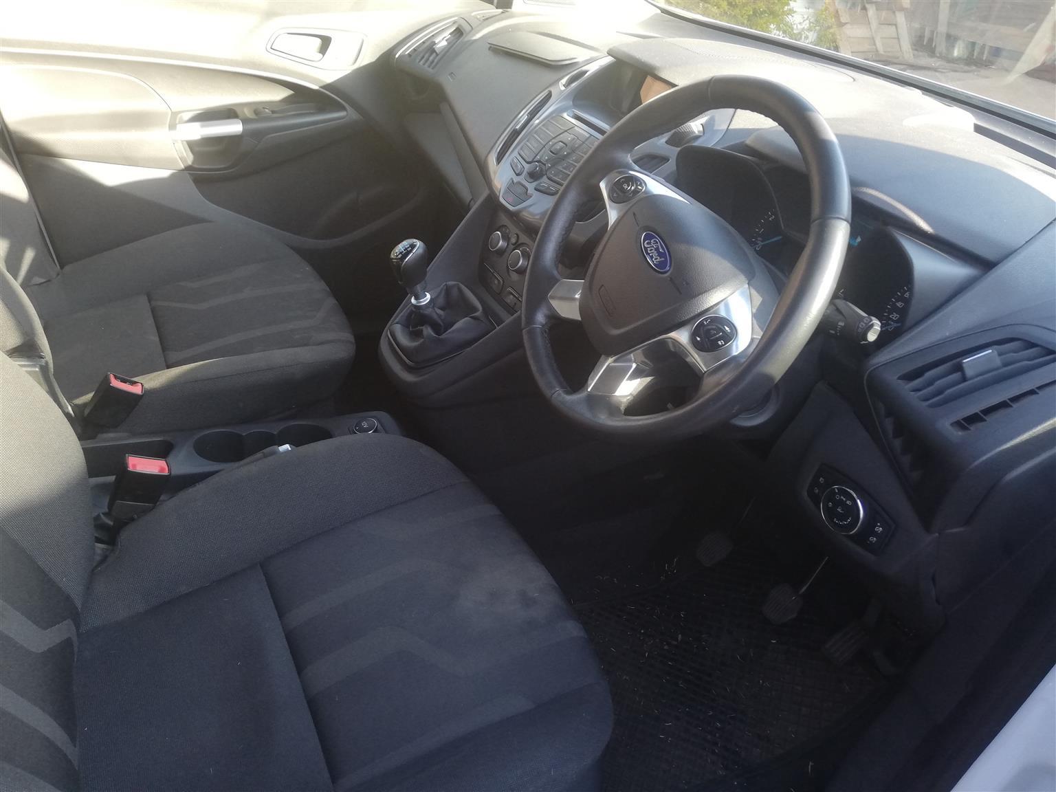 2015 Ford Tourneo 2.2TDCi MWB 12 seat