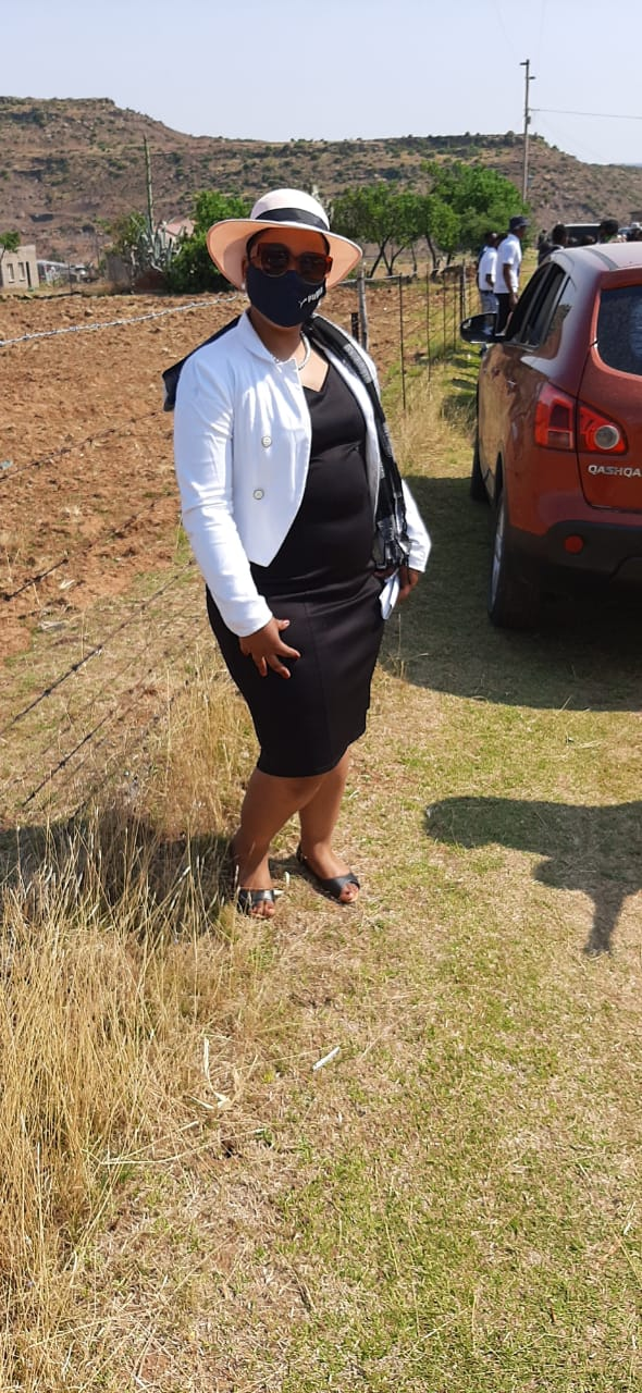 Mosotho lady with good refs needs stay in work as maid,nanny,cook or cleaner des