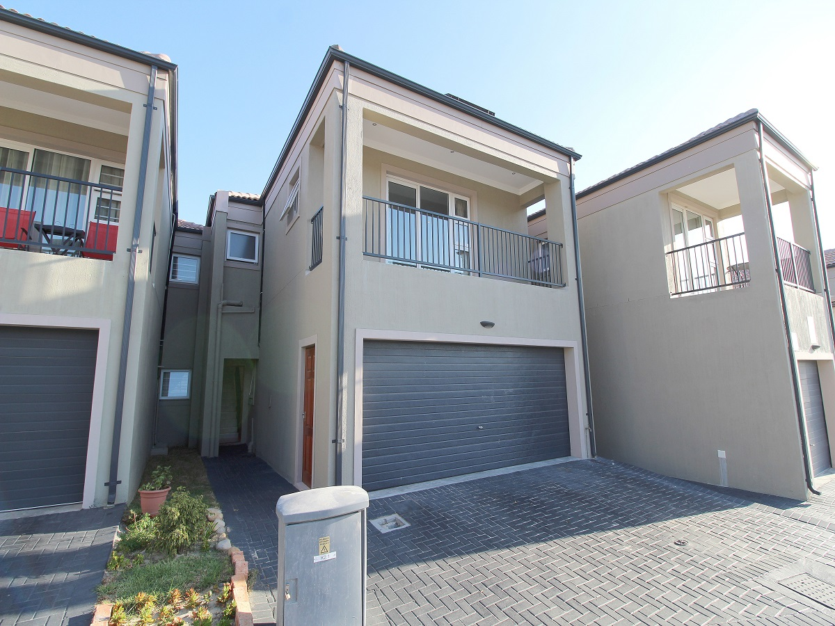 Upcoming auction in Brakenfell