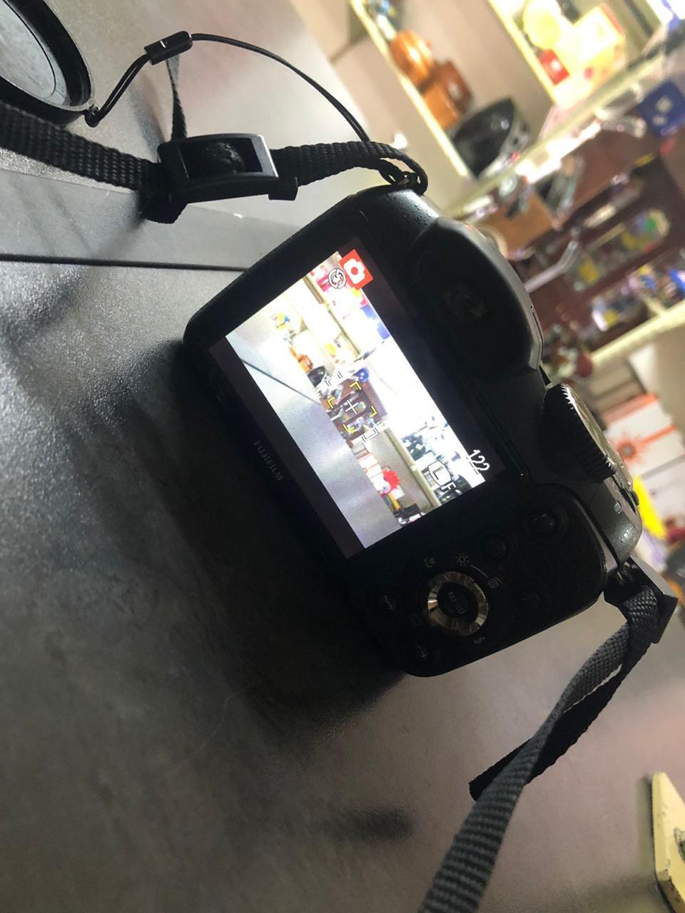 Fujifilm Camera S2950