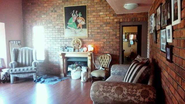 New Year - New price...Bueatiful home in Bardene