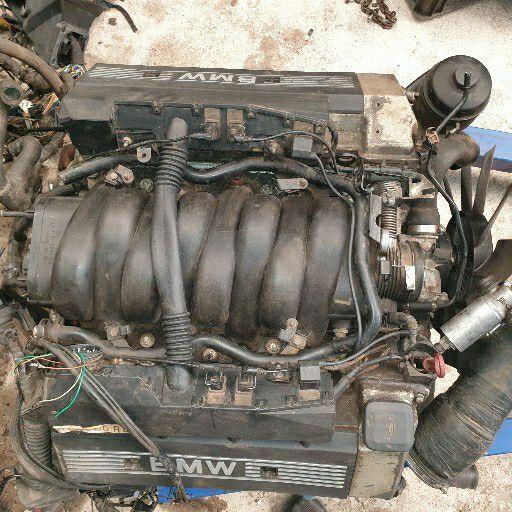 Bmw 740i e32 engine for sale