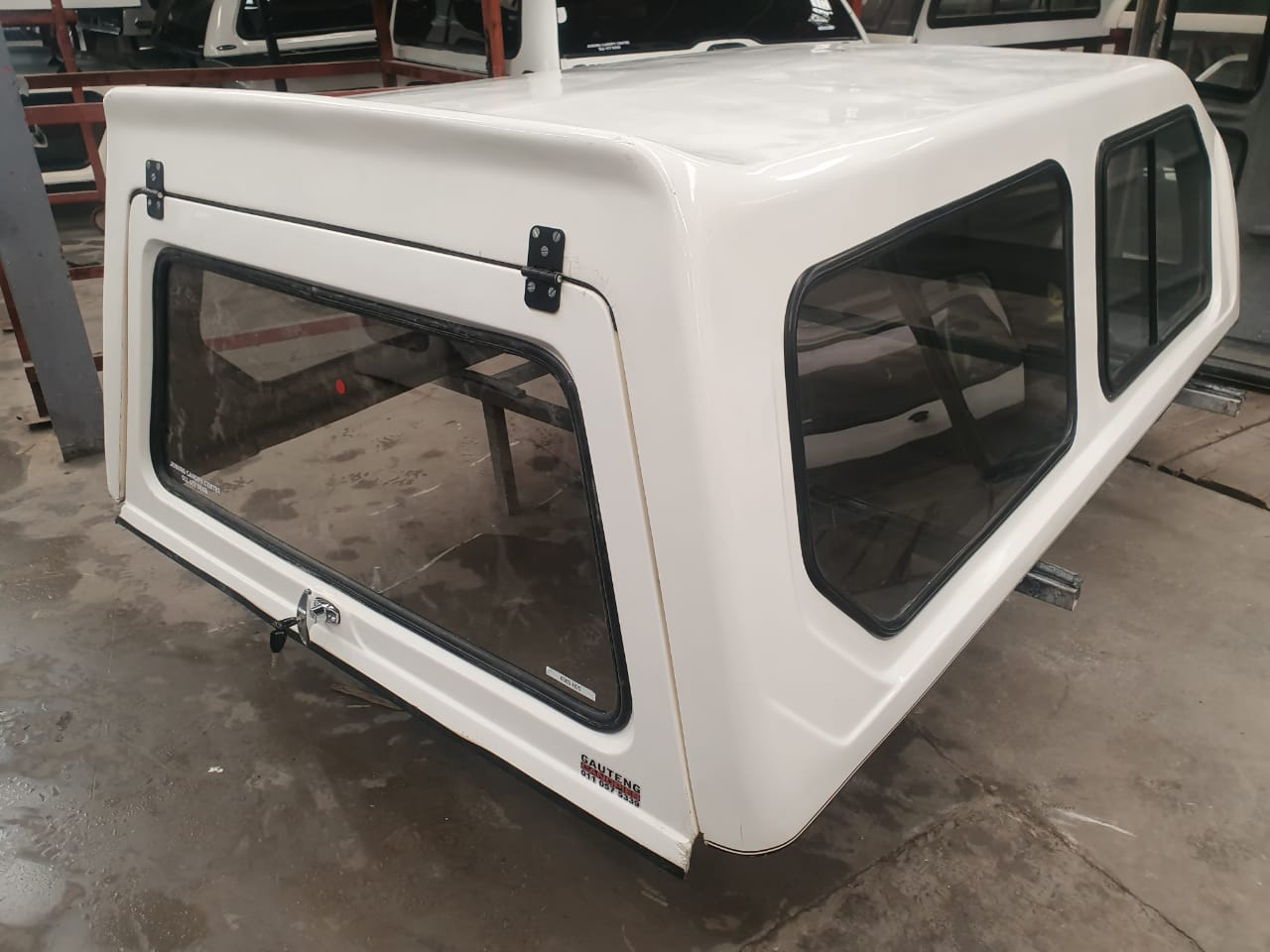 HILUX 05 LWB HILINE TOP CAB MOGALE CANOPY 6969