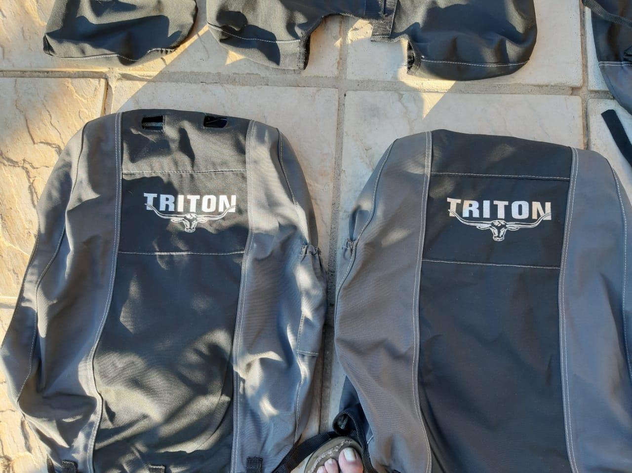 Mitsubishi Triton seat covers