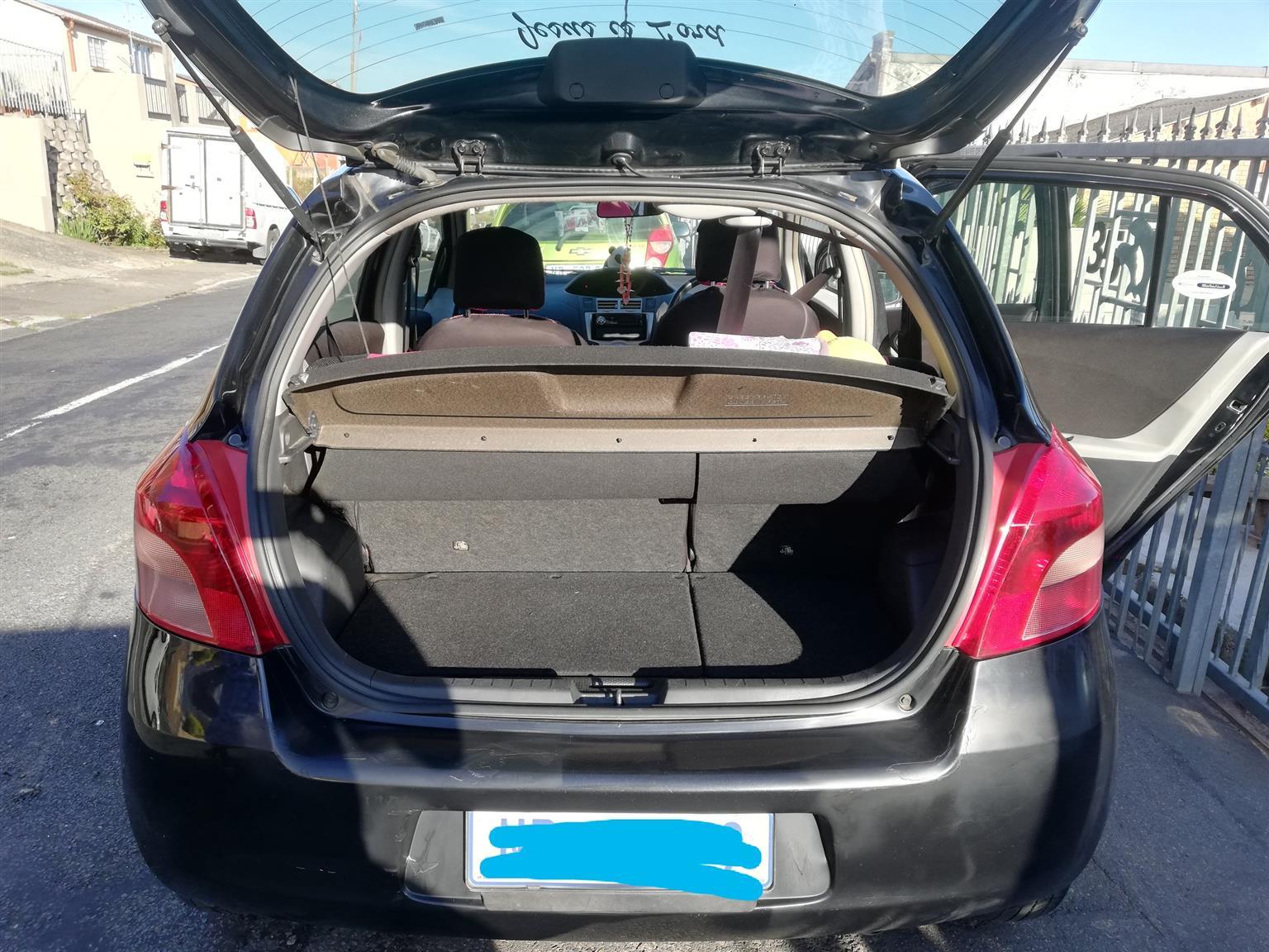 2007 Toyota Yaris 1.0 5 door T1 (aircon+CD)