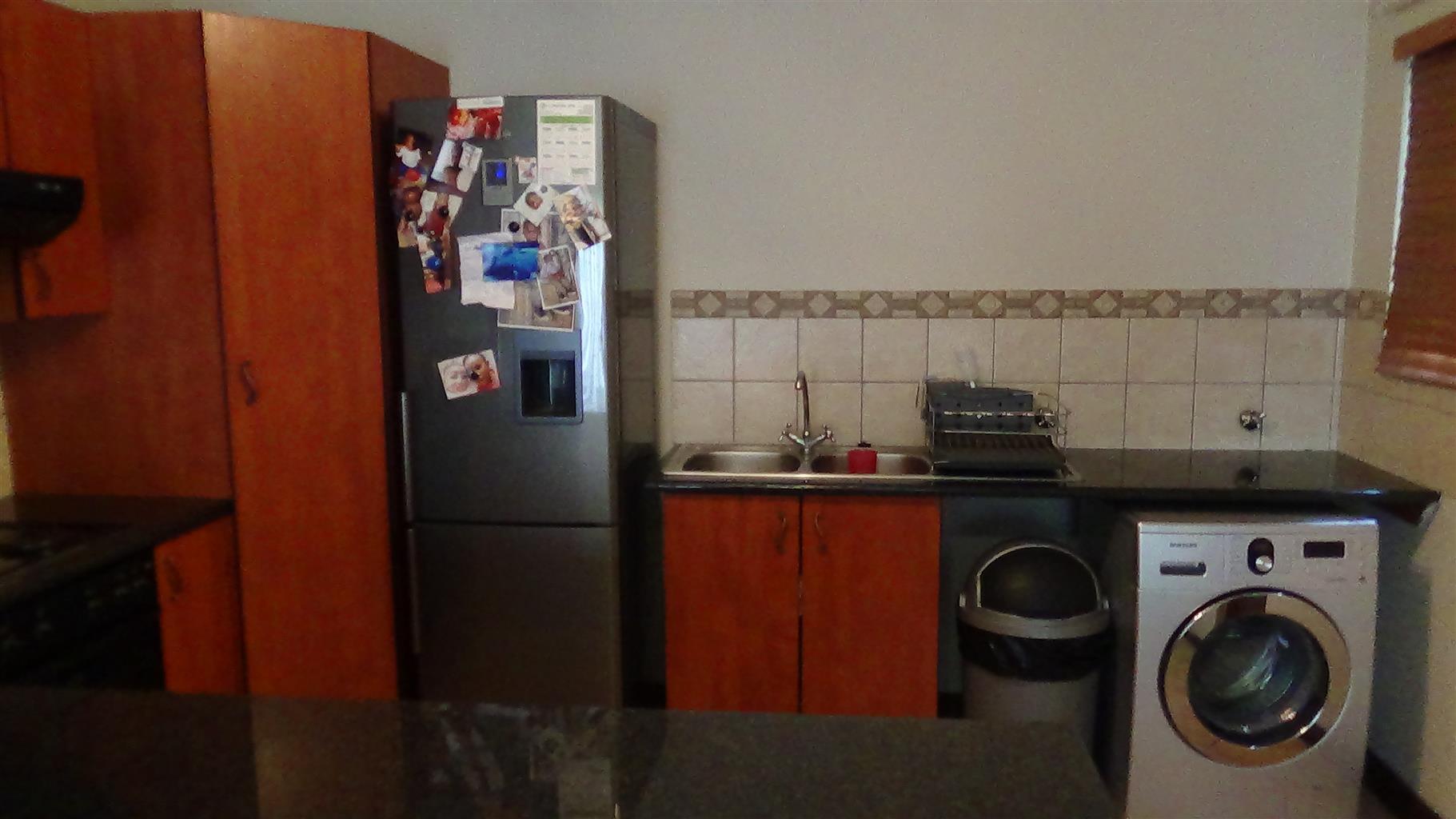 Beautiful 2 Bedroom Townhouse - Twee Riviere - R820 000