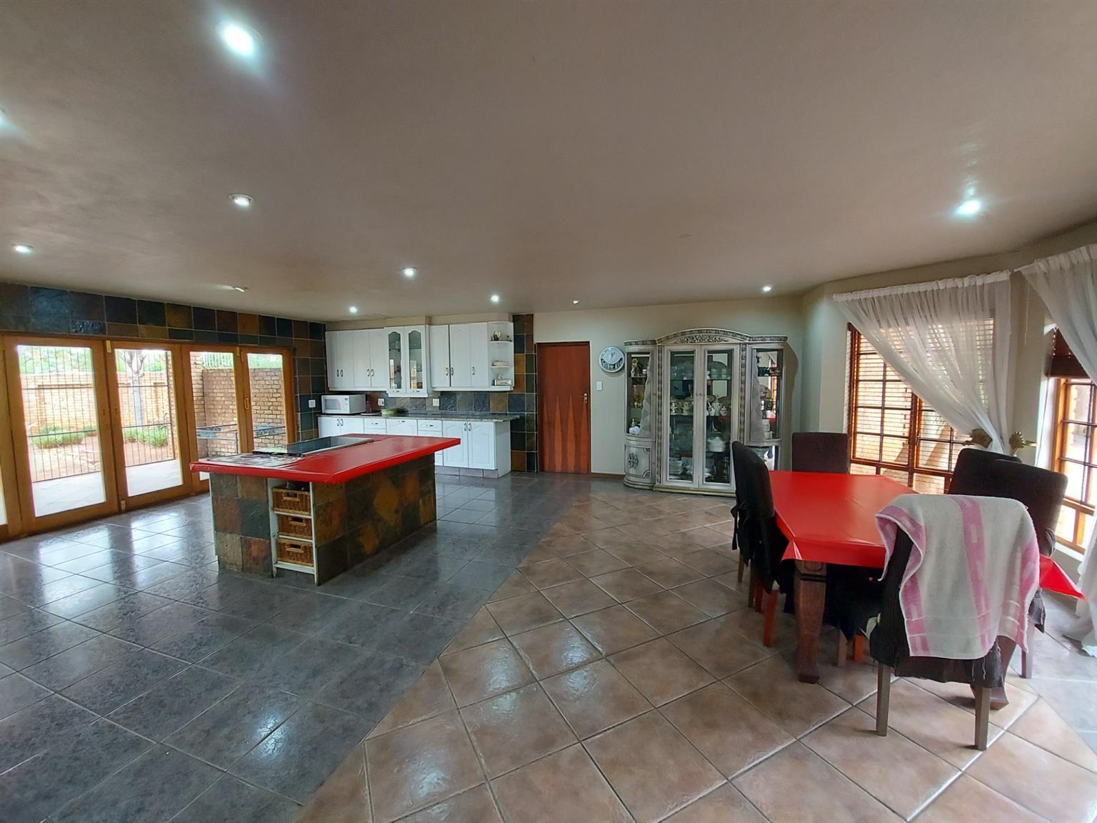 House For Sale in Sunderland Ridge