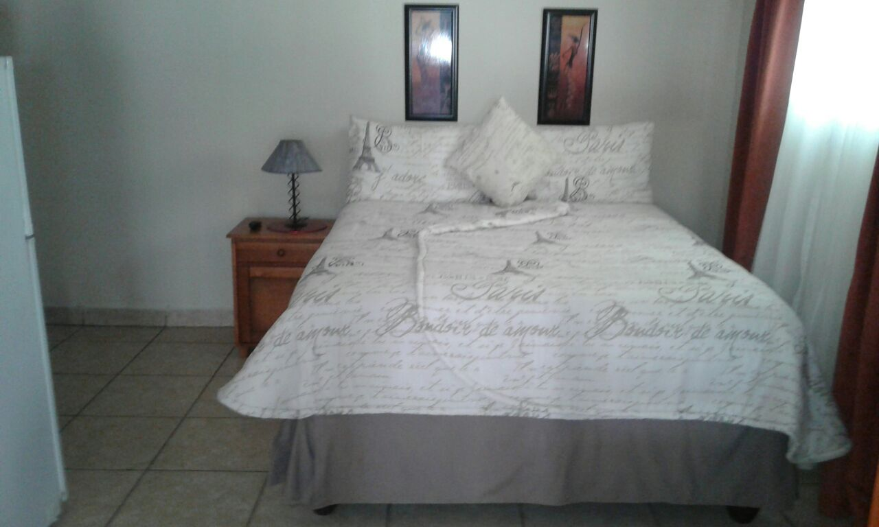 Self-catering holiday accommodation available in Ramsgate KZN