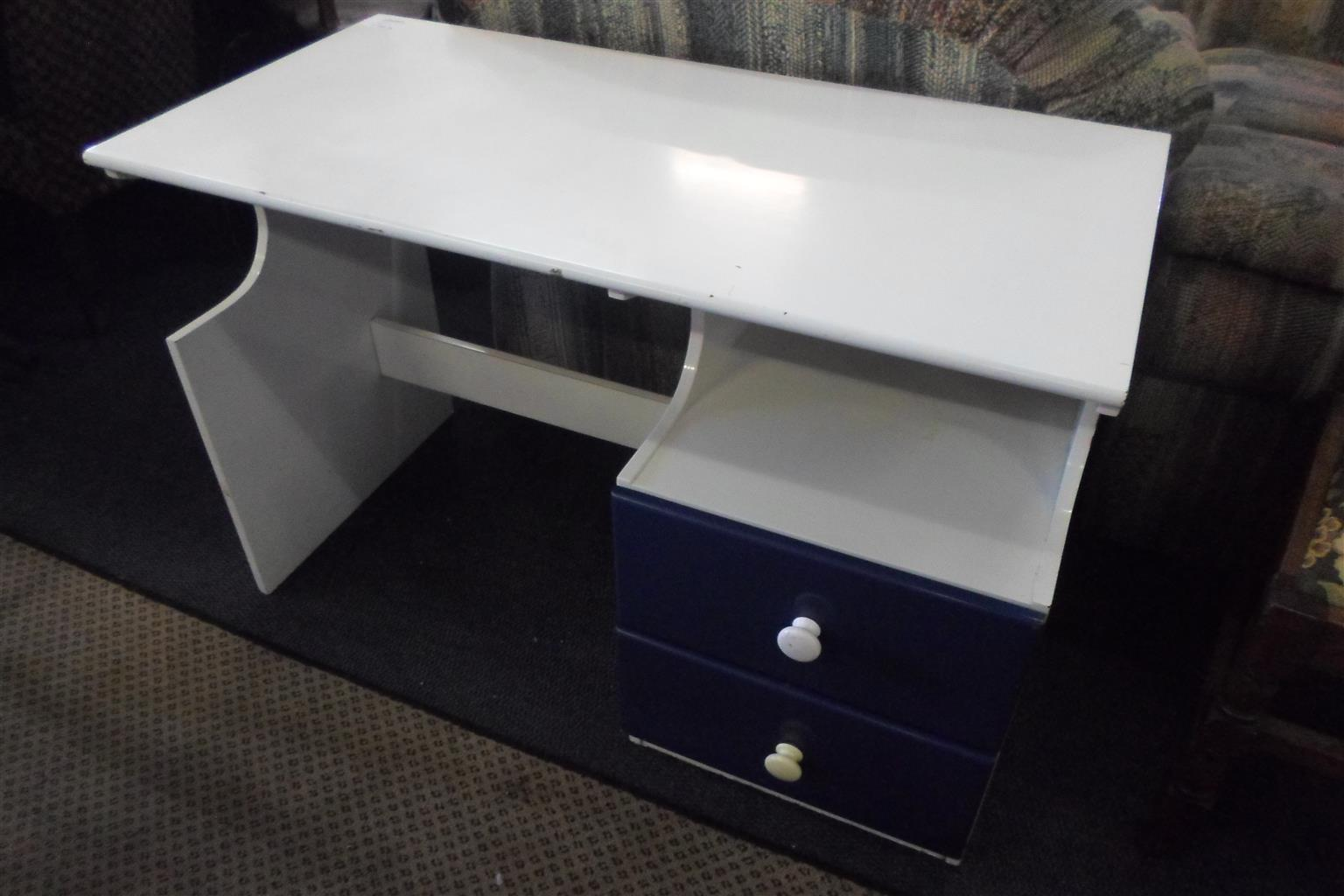 Wooden Study Desk - 2 Drawers