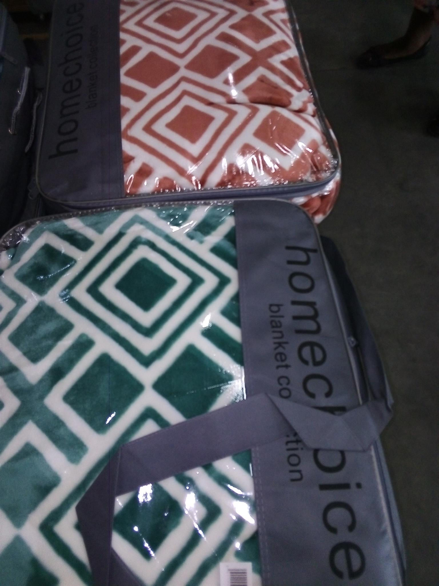Iam selling variety of bedding Homechoice